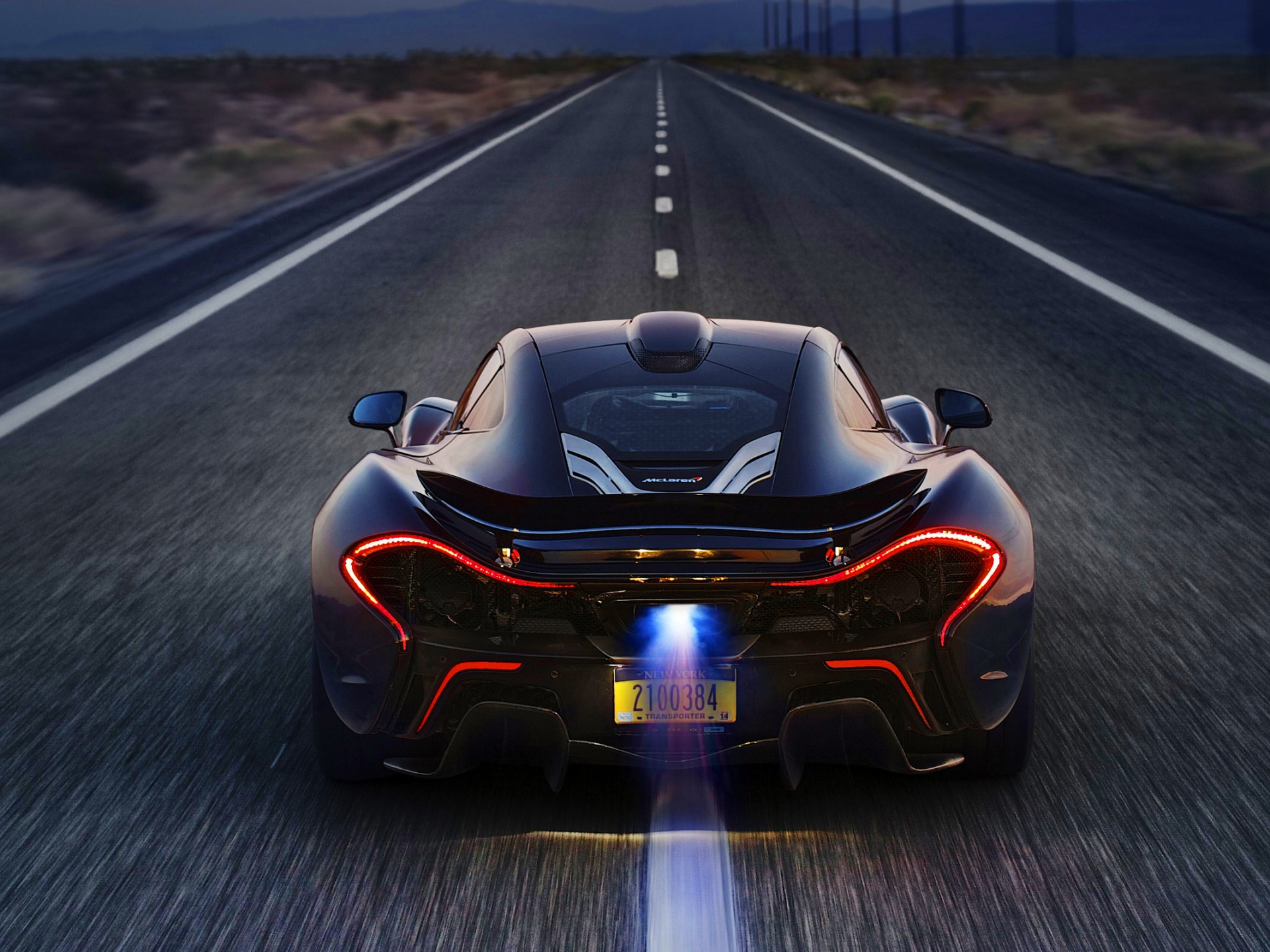 2014 mclaren p1 road Wallpaper in 1920x1440 Normal