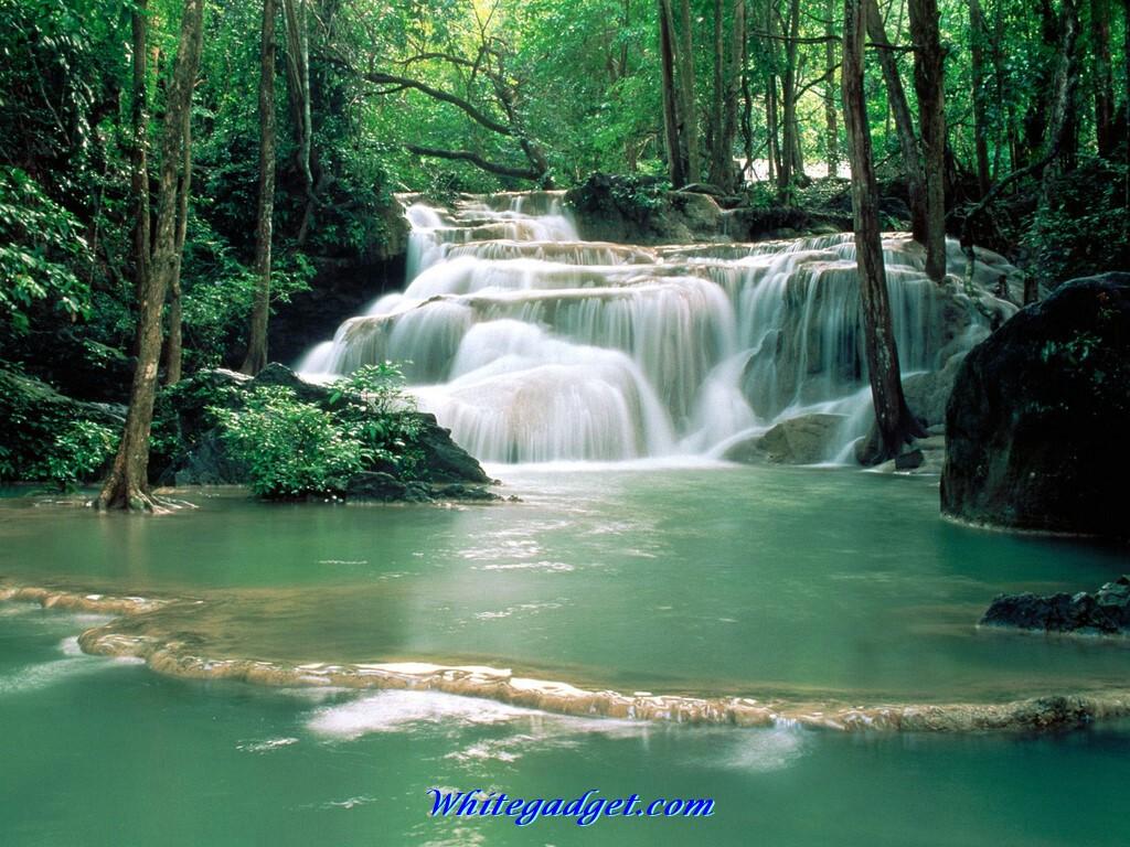 3D Waterfalls Wallpaper