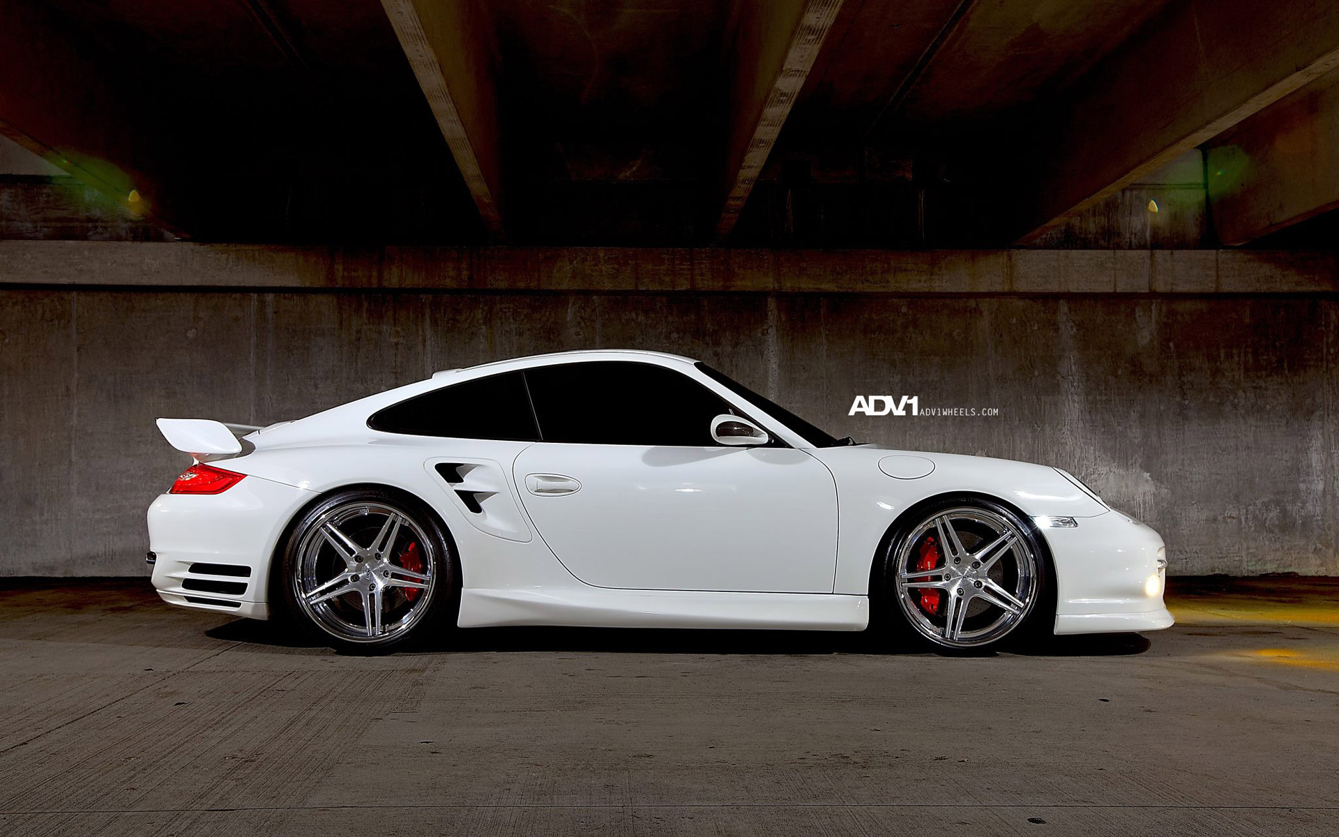 997TT on ADV05DC Wheels