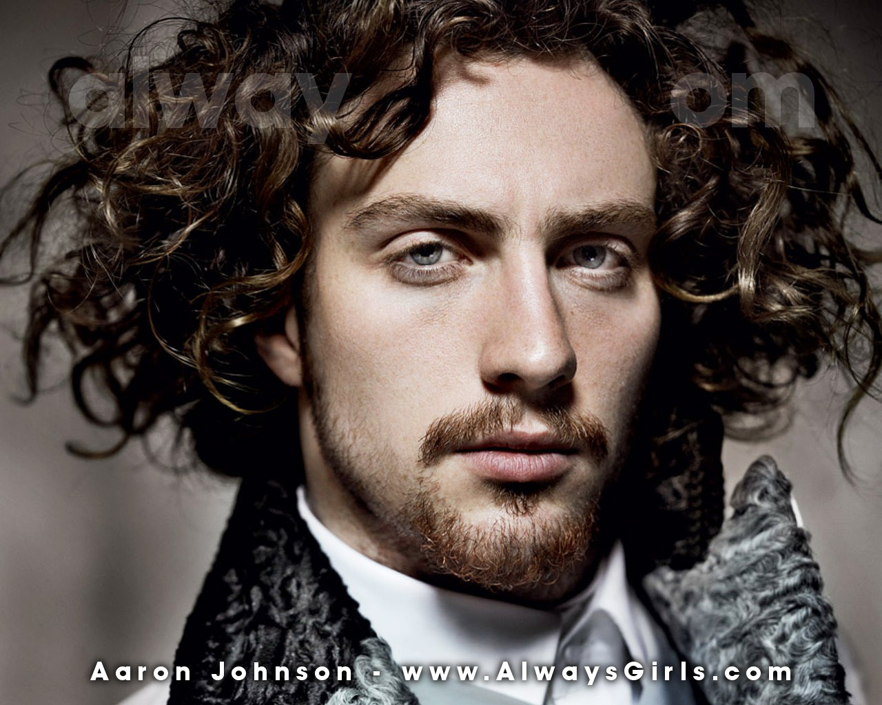 View And Download Aaron Johnson Wallpapers