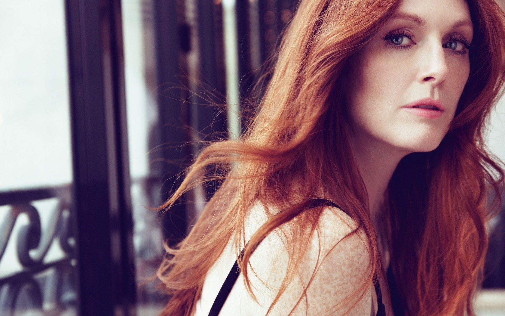 Actress Girl Redhead Julianne Moore