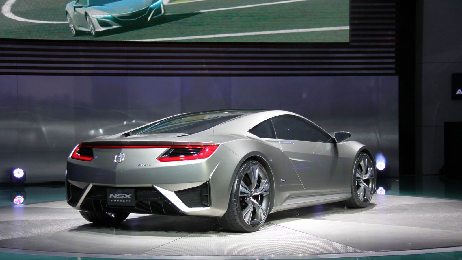 So where does this latest Acura NSX concept fit into that?
