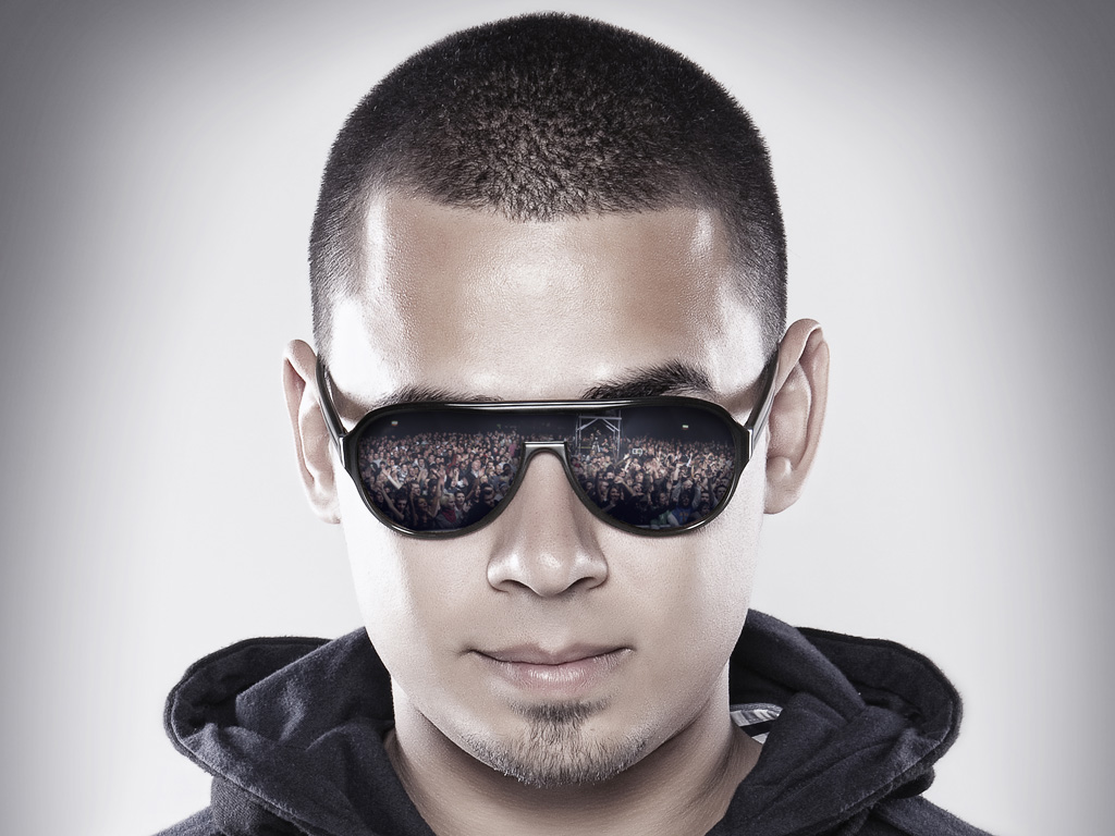 Afrojack 300x225 Afrojack the most down to earth private jet owner you'll ever meet