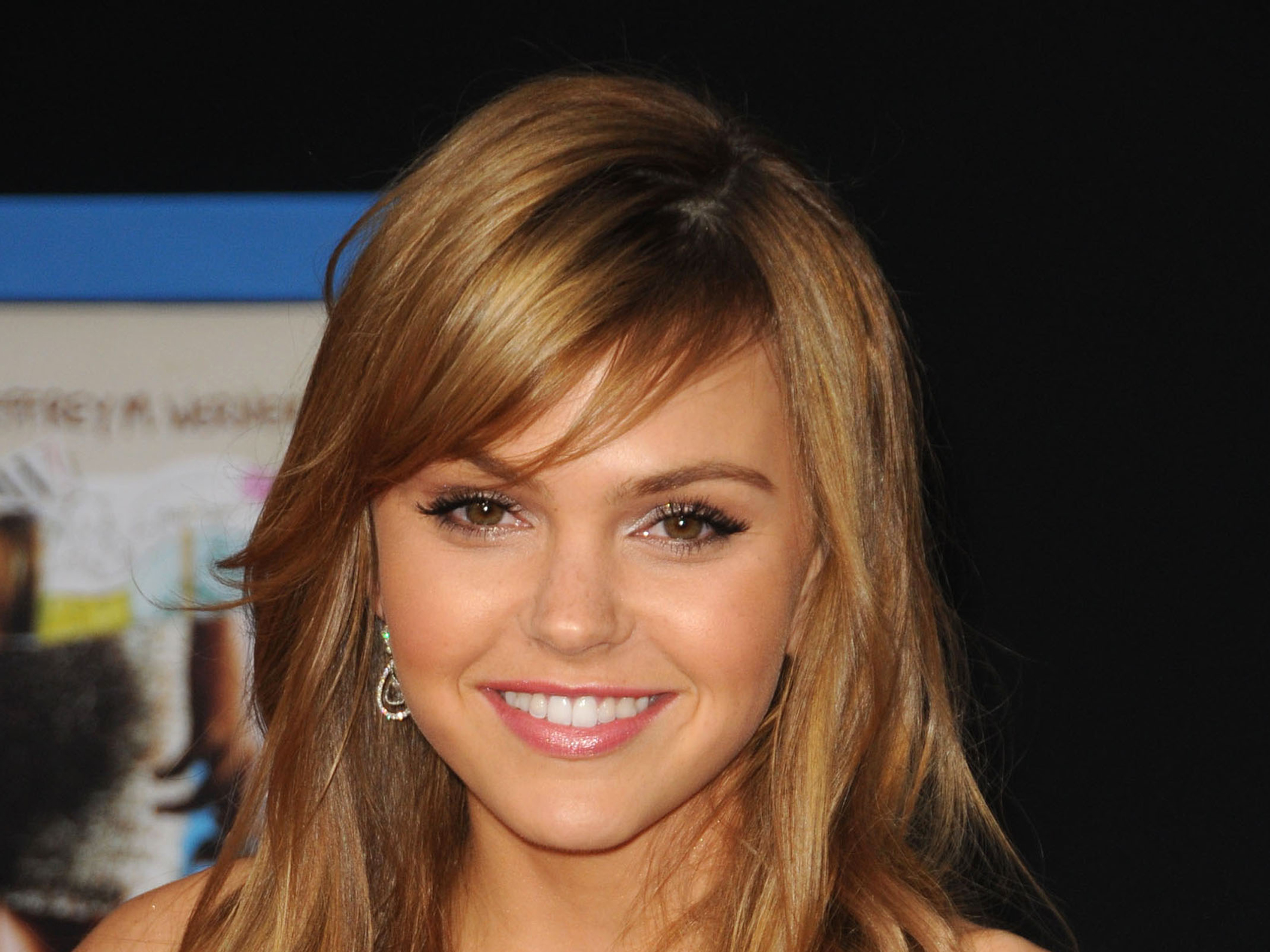 Aimee Teegarden Wallpapers-1