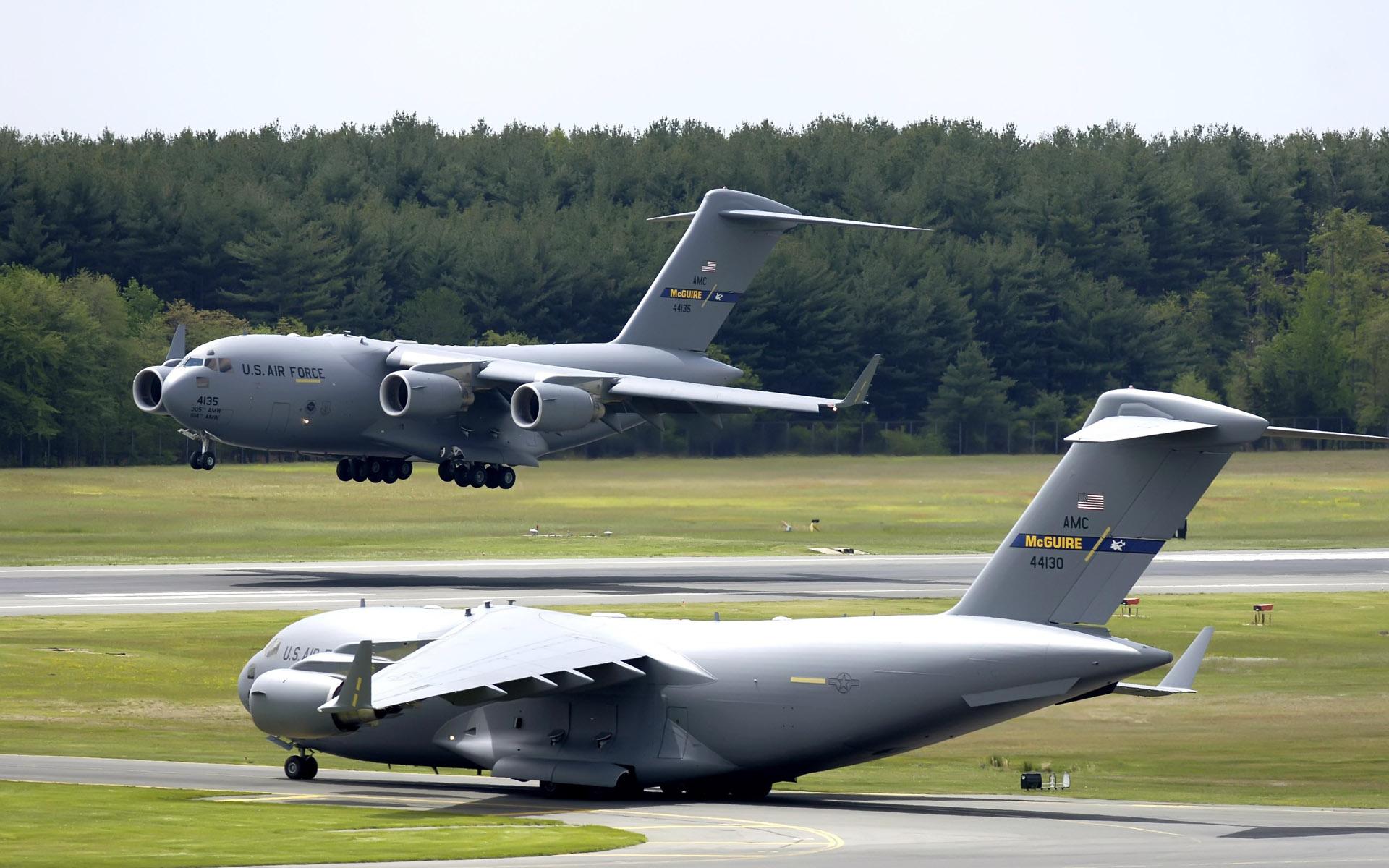 Airforce c 17 globemaster