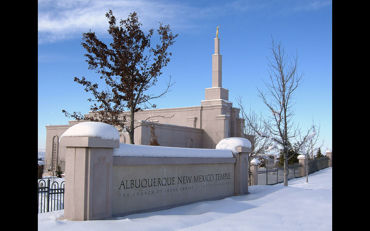 Photograph of the Albuquerque New Mexico Mormon Temple