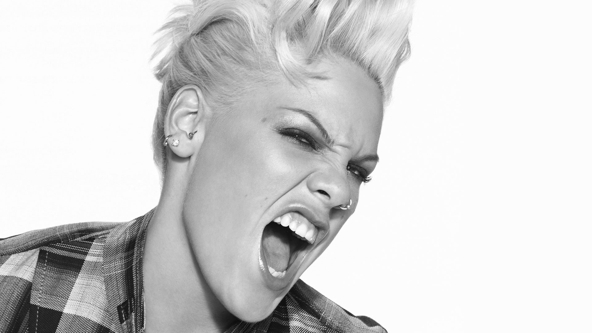 The Beauty Evolution of Alecia Beth Moore (P!nk)