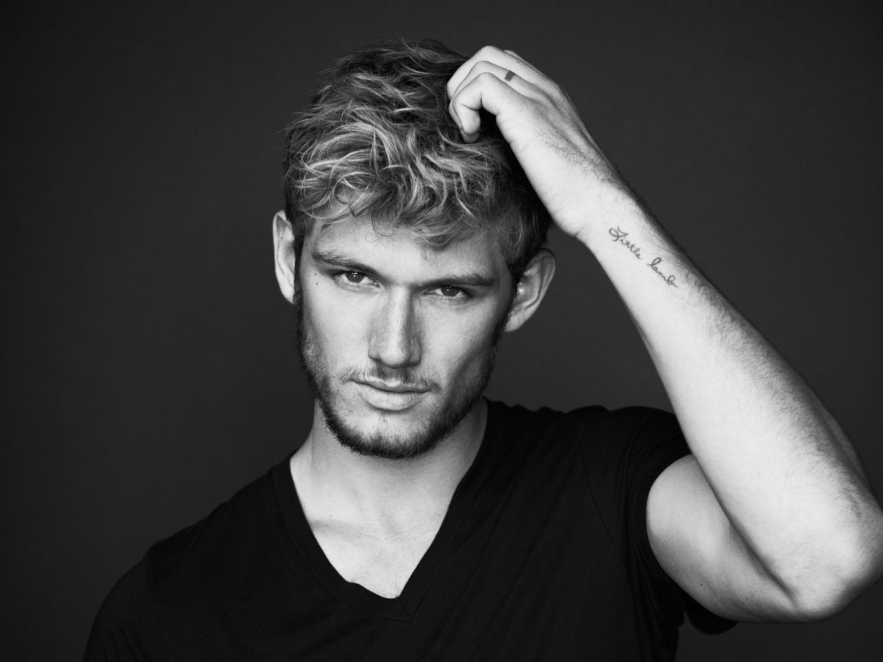 #ManCrushMonday: Alex Pettyfer | Her Campus