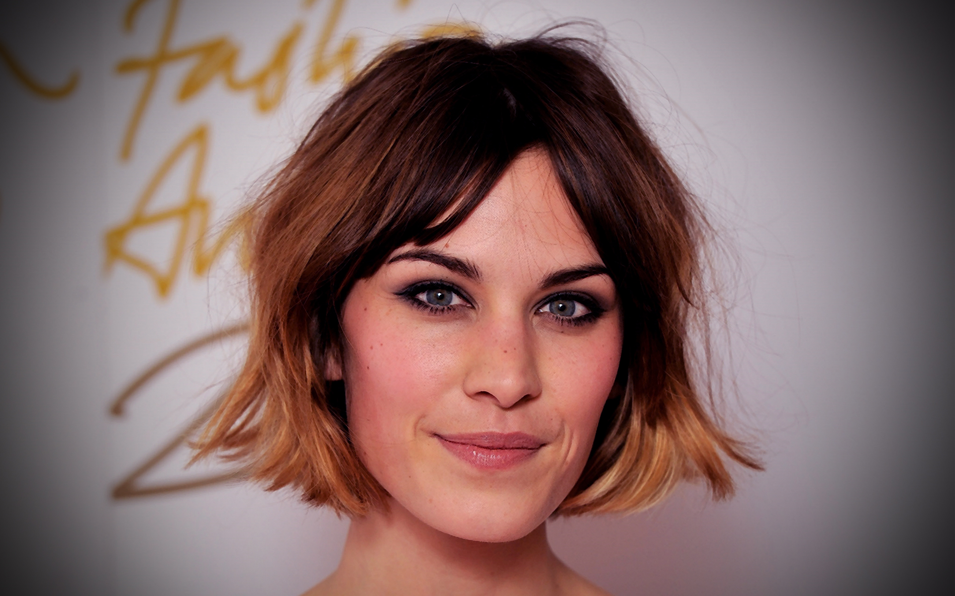 Alexa Chung closeup full hd wallpaper