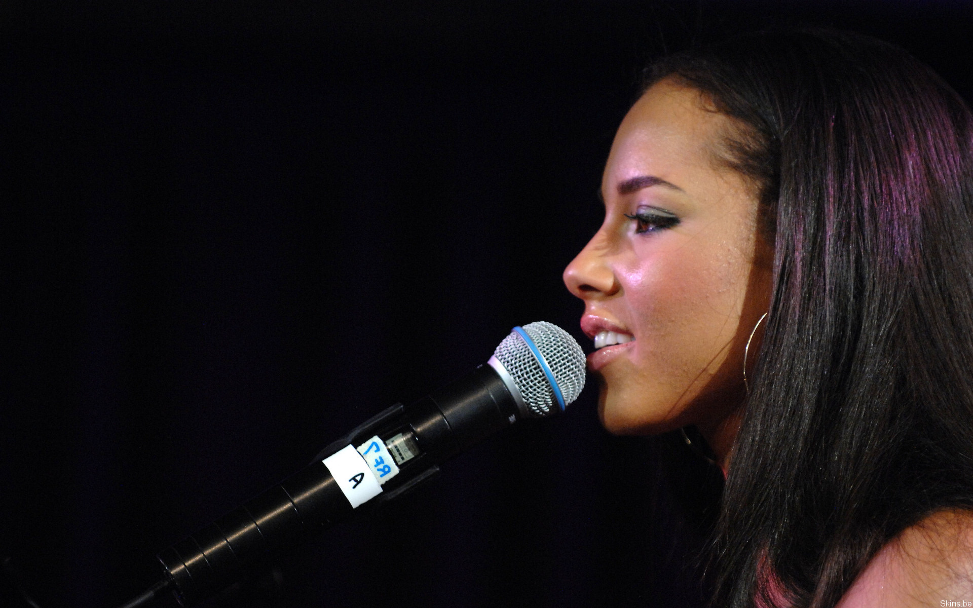 Alicia Augello Cook known professionally as Alicia Keys, is an American singer-songwriter and