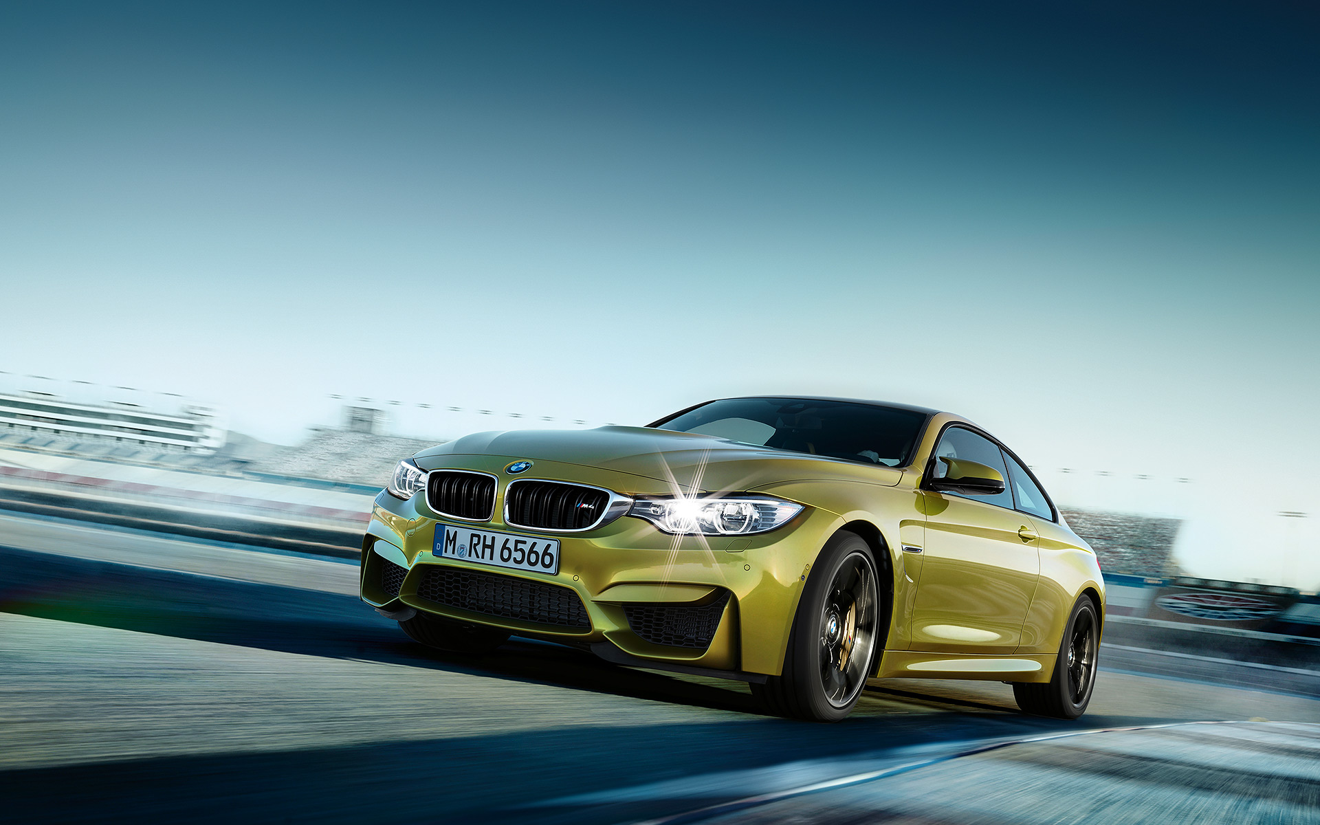 Amazing BMW M4 Wallpaper 36037