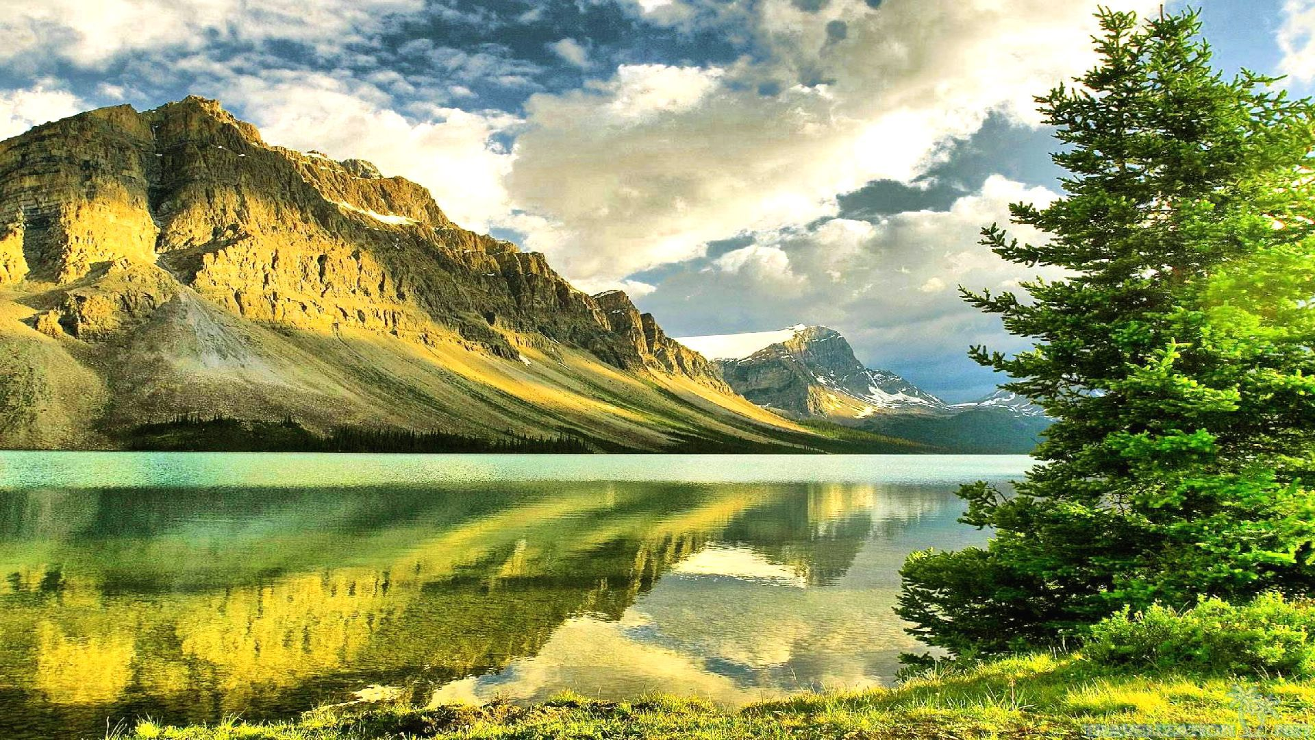 ... 2560×1920. Amazing Lake High Resolution Nature Wallpapers