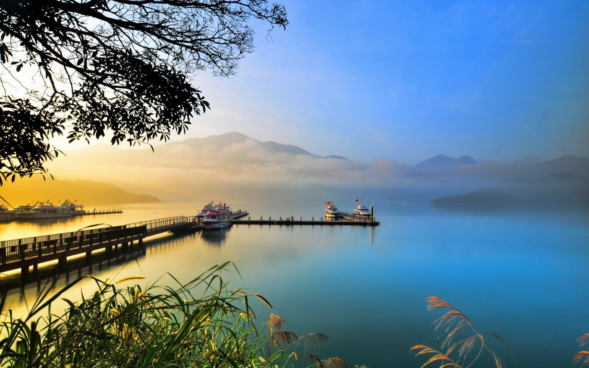 Amazing Lake Pictures