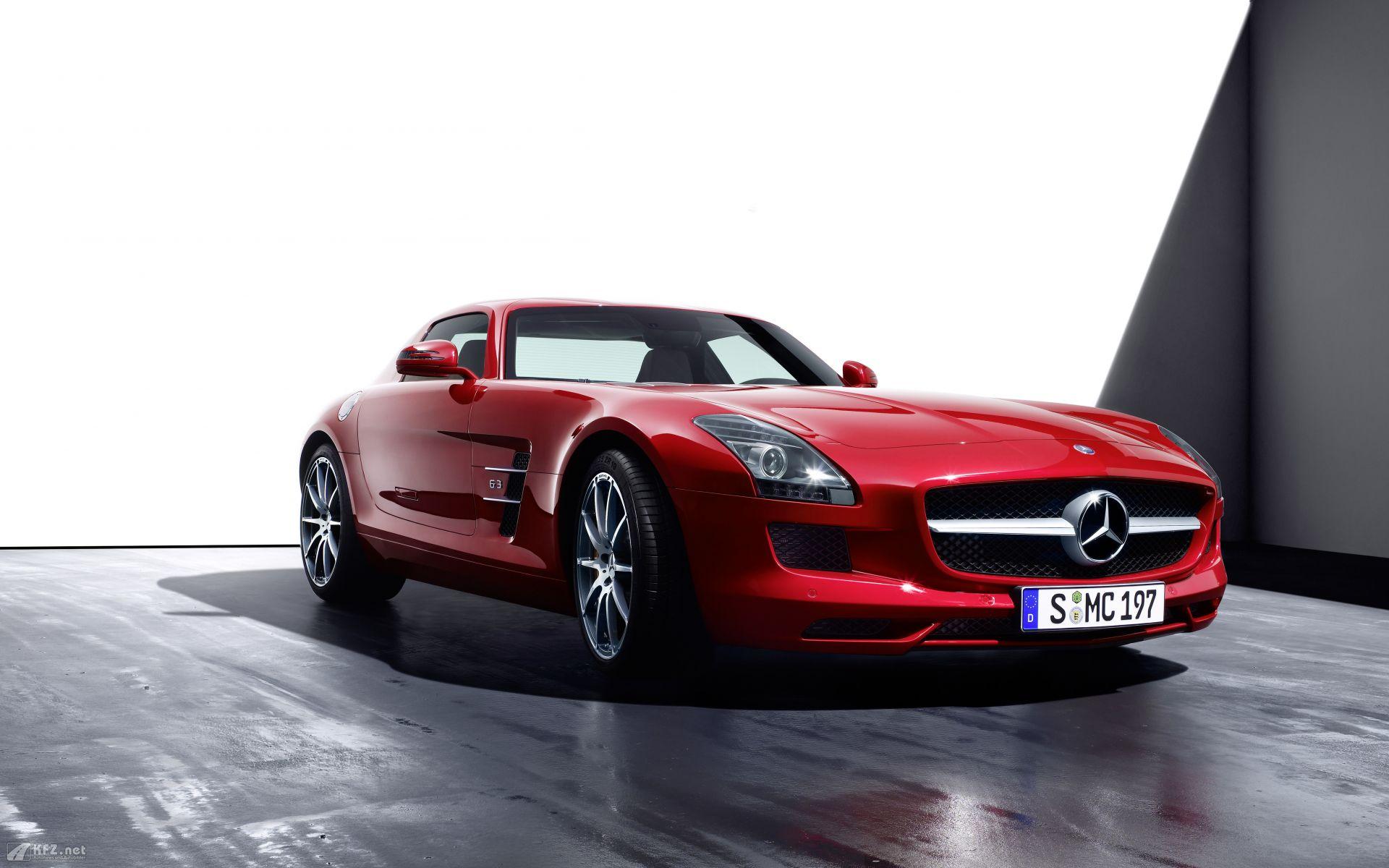 Amazing Mercedes SLS Wallpaper