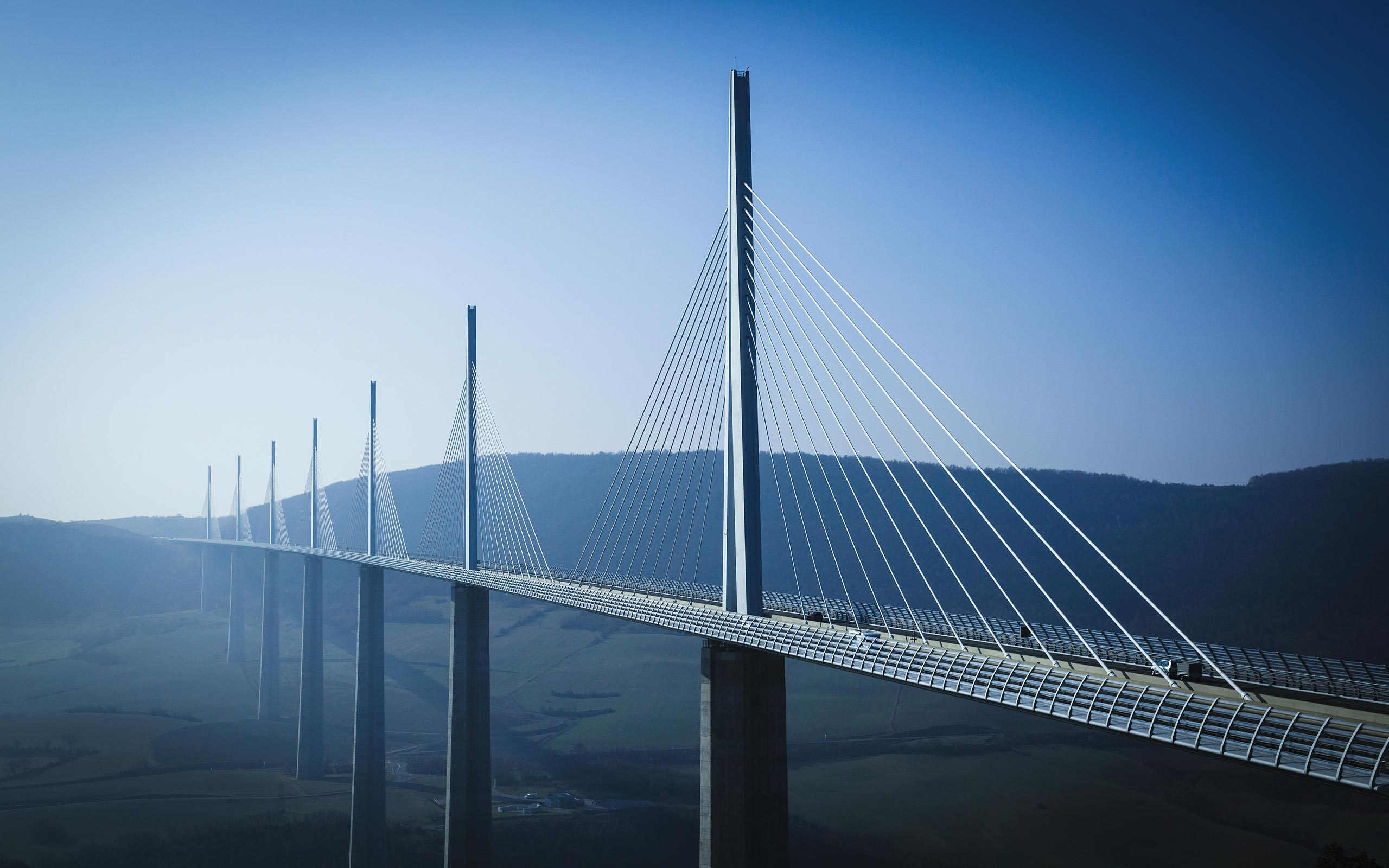 Amazing Millau Viaduct Wallpaper
