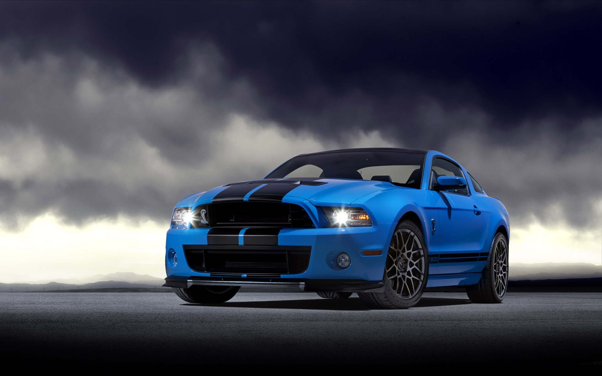 Amazing Shelby GT500 Wallpaper