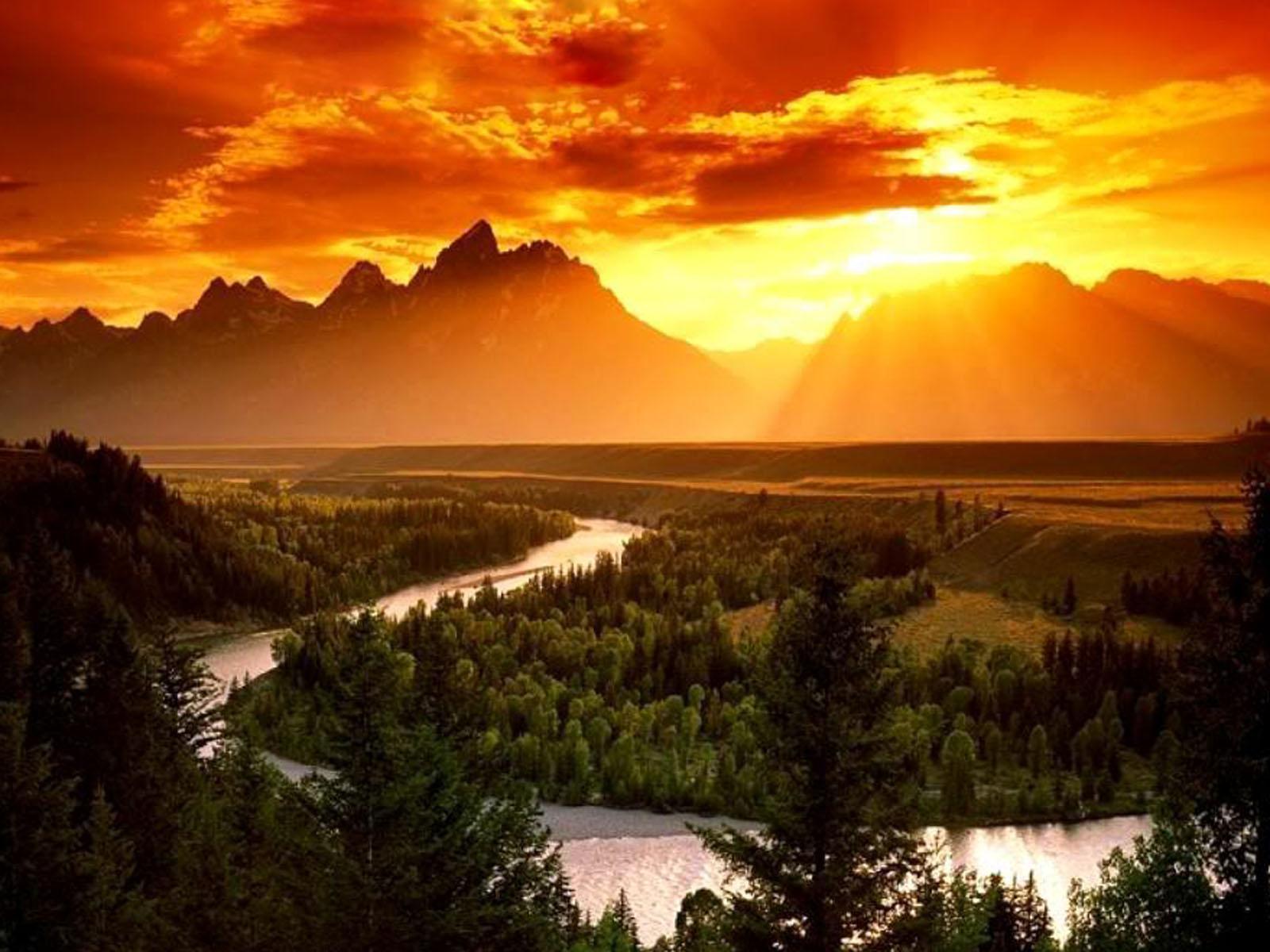 Amazing Sunrise Wallpaper
