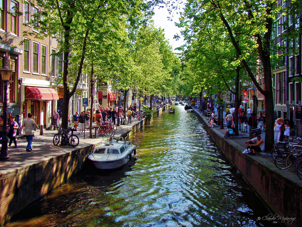 The Amsterdam Program is tentatively scheduled to return for Spring of 2017.