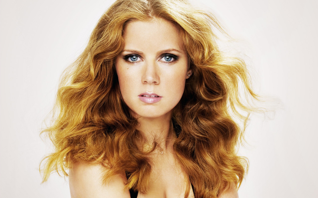 'Batman v Superman: Dawn of Justice' Star Amy Adams: I Used To Be Hooters Waitress And I'm Proud : Entertainment : Yibada
