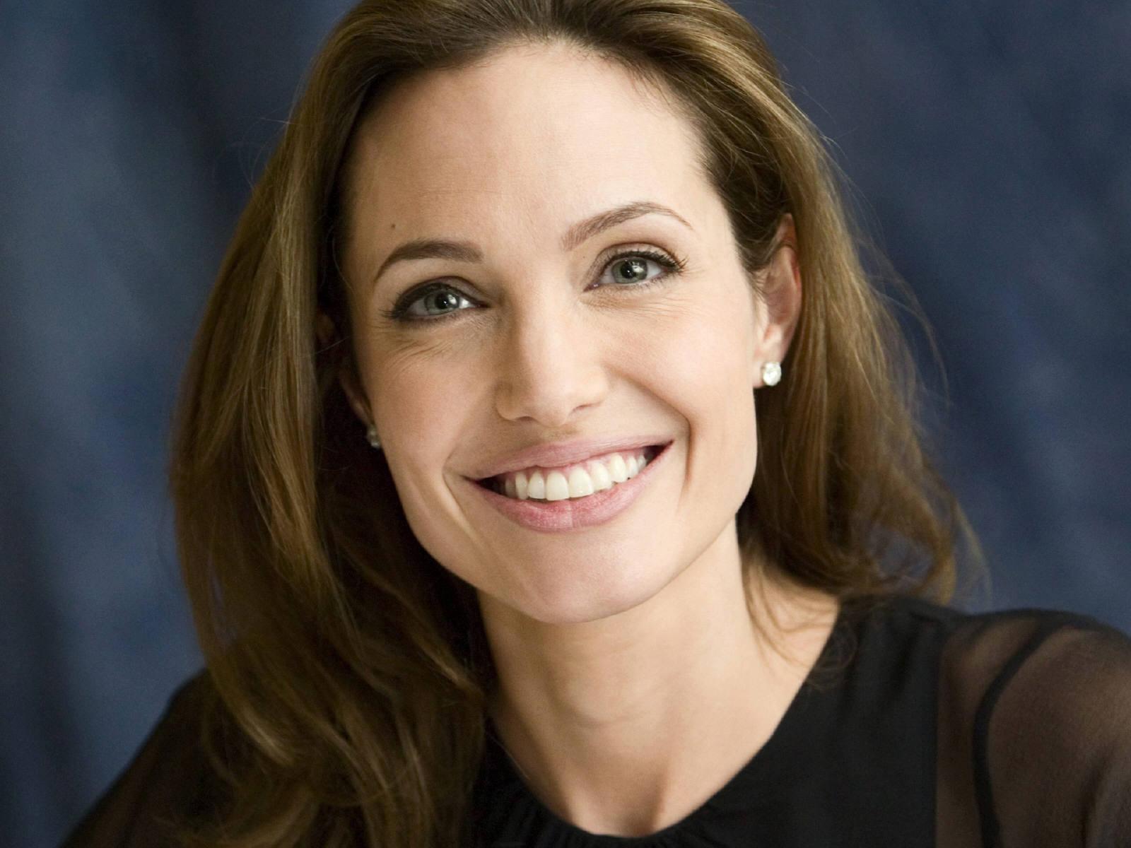 Angelina Jolie photos Angelina Jolie Wallpaper photos