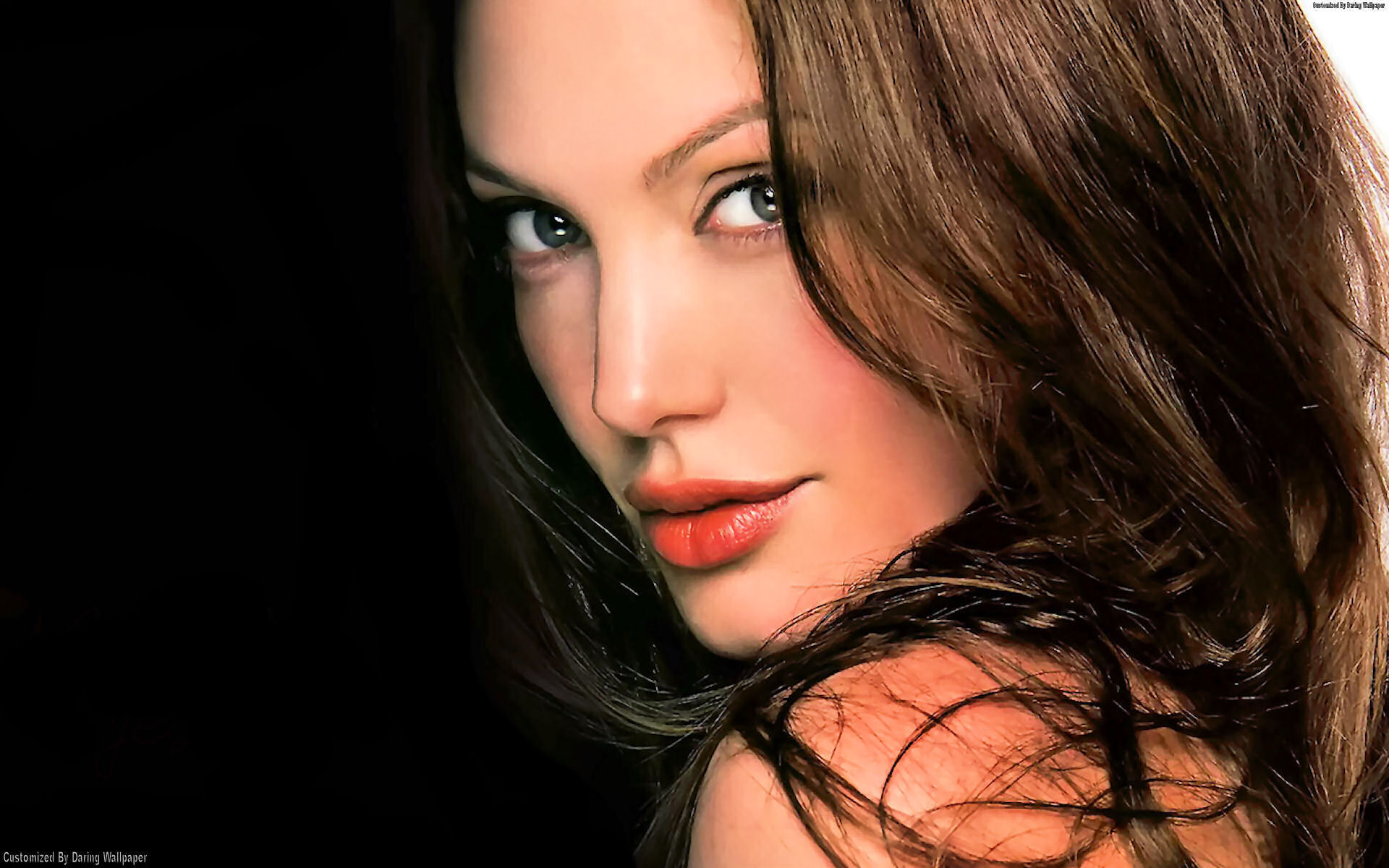 Angelina Jolie Wallpapers 2014