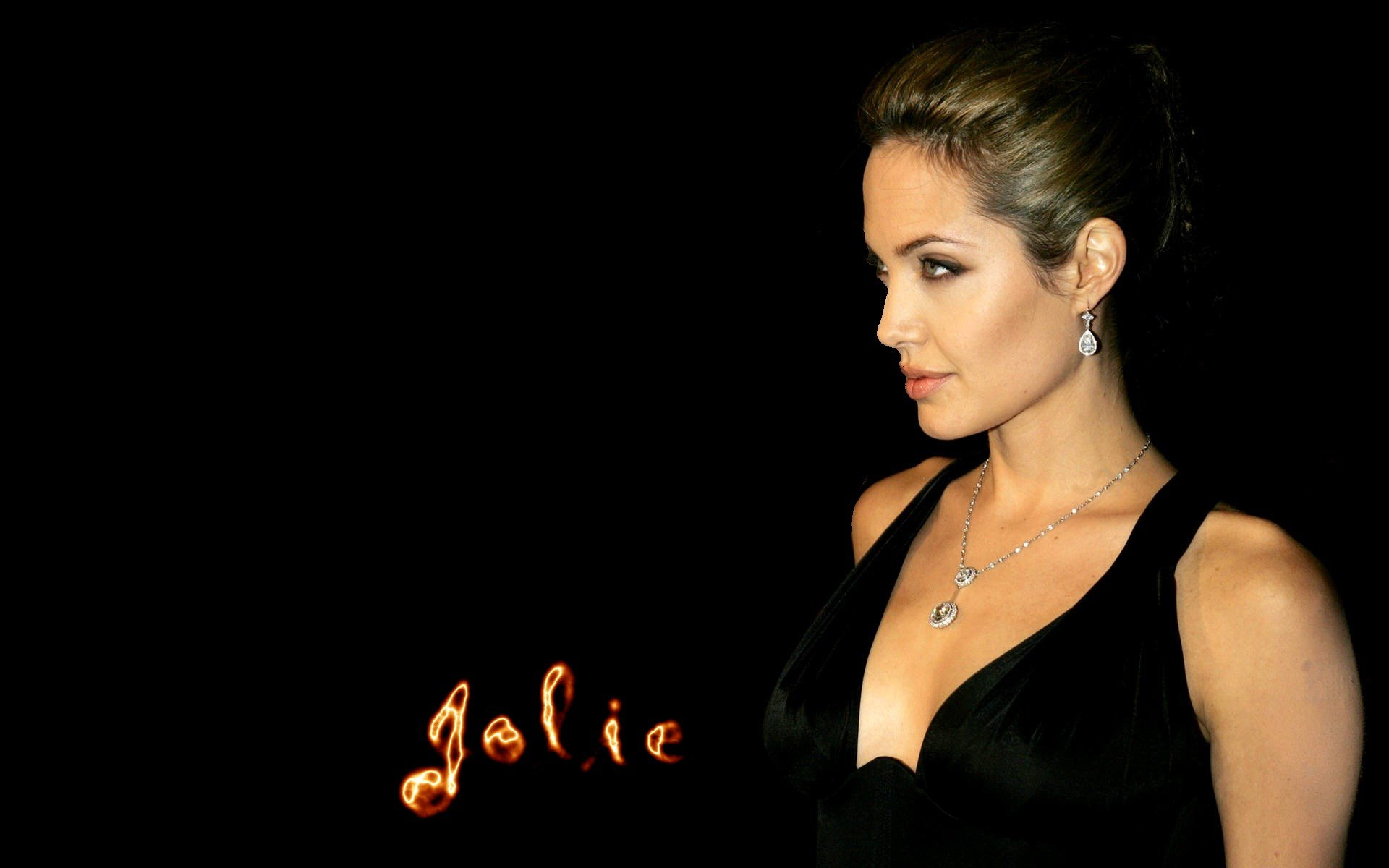 ... Angelina-Jolie-hd-images-4 ...