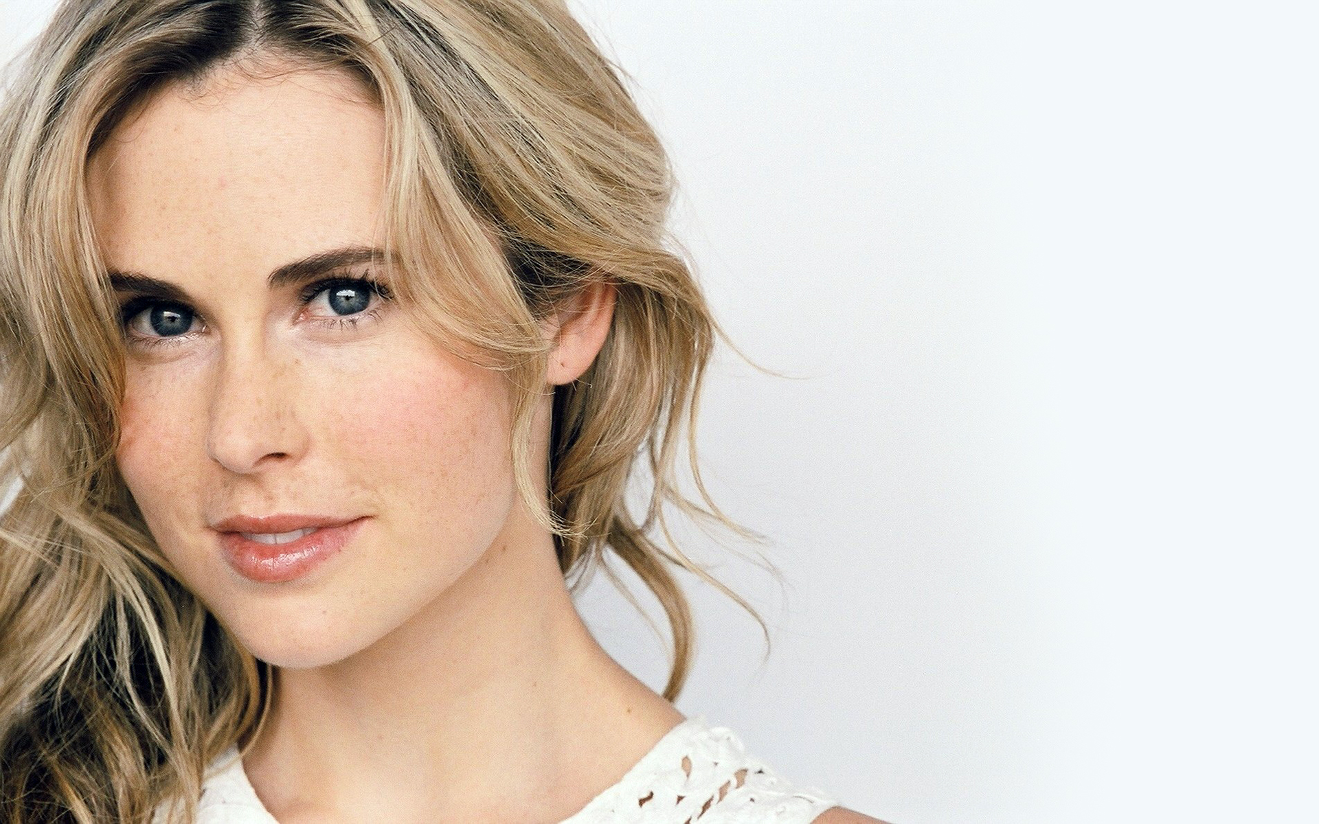 anna hutchison movies and tv shows