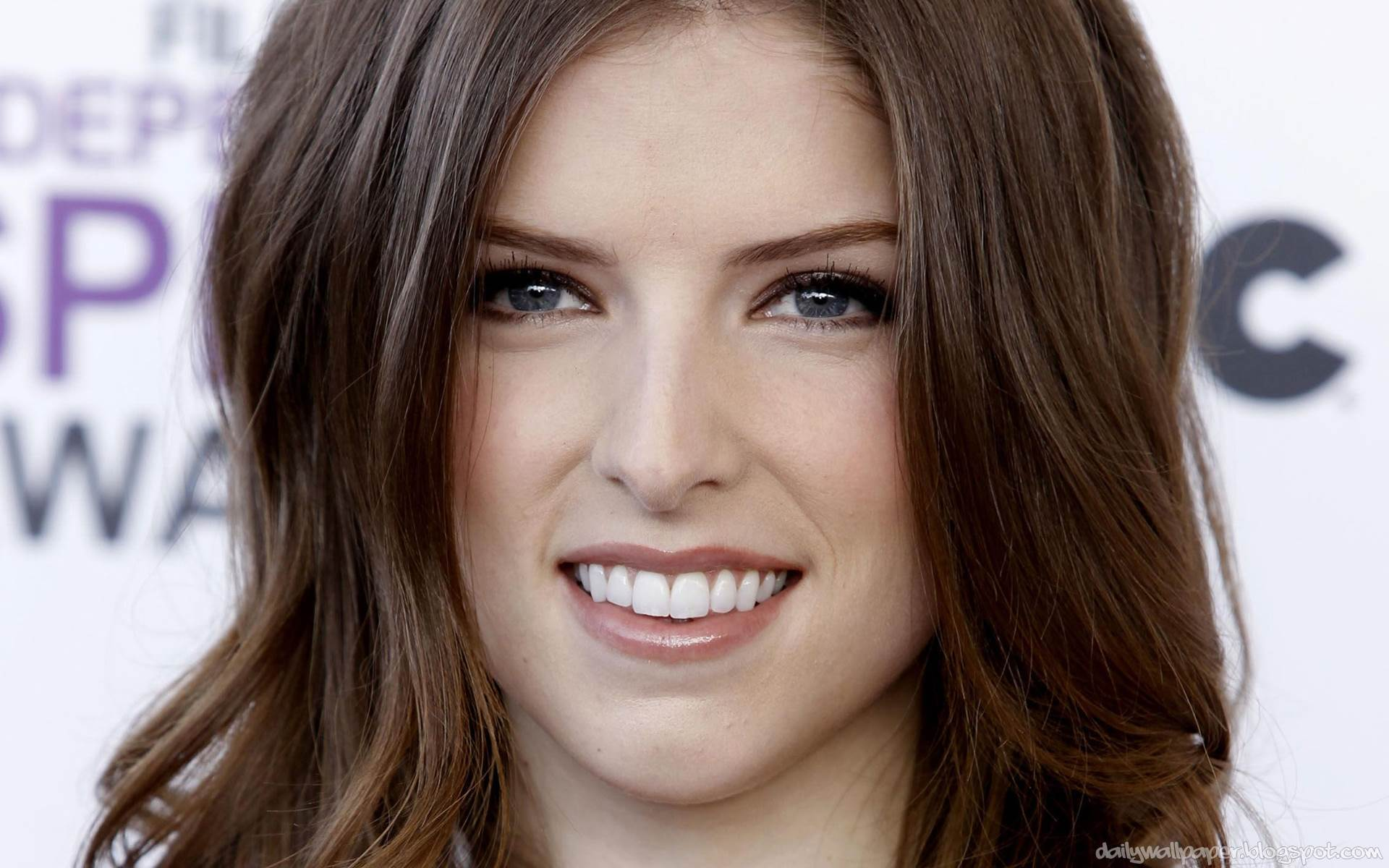 Anna Kendrick 24 Widescreen HD