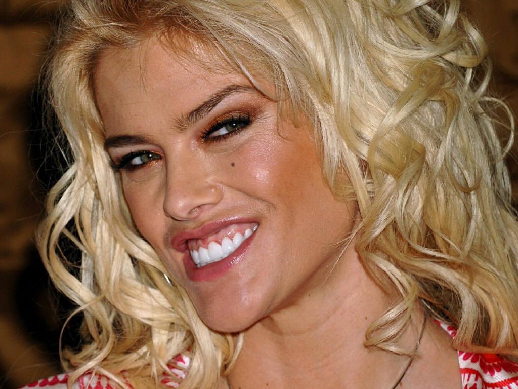 Anna Nicole Smith ...
