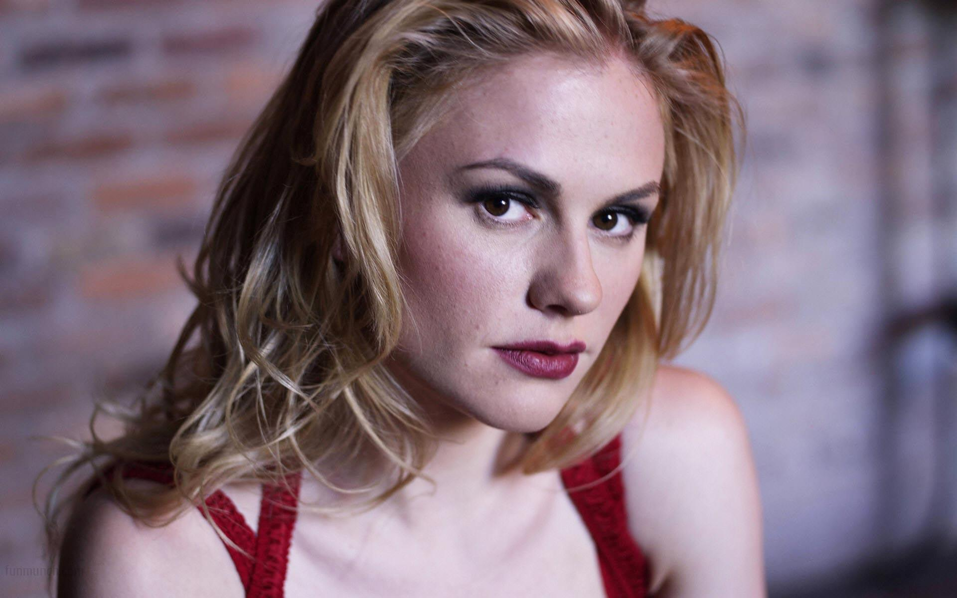 anna-paquin-wallpaper-3