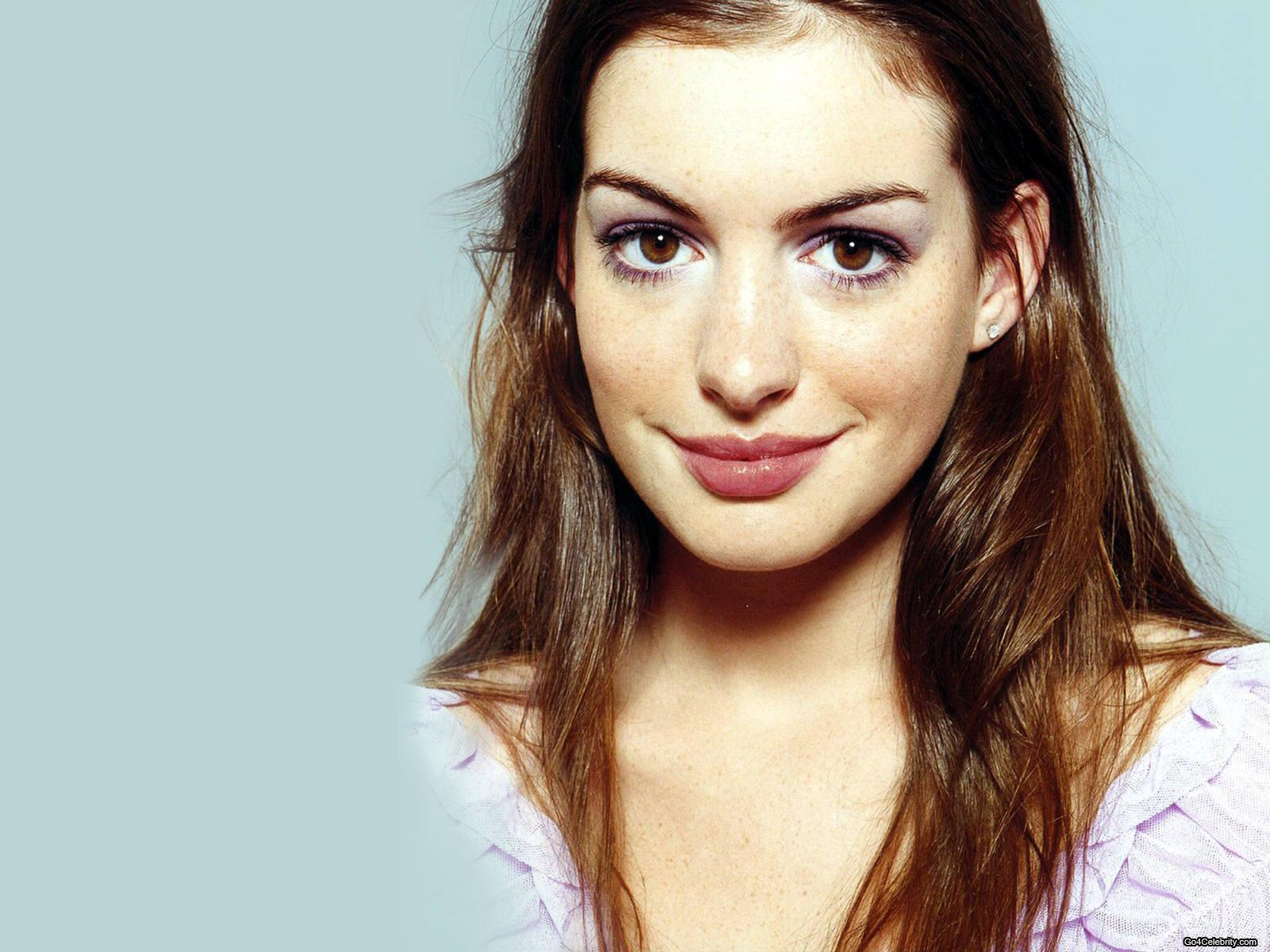 If I were an actress ~ I'd be Anne Hathaway on Pinterest | Anne Hathaway, Devil Wears Prada and Catwoman