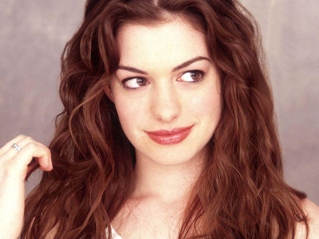 Anne Hathaway vs Gillian Jacobs.