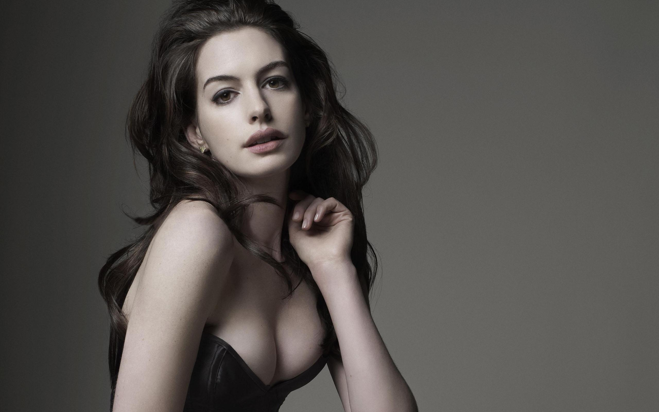 Related wallpapers. hollywood model Anne Hathaway hd