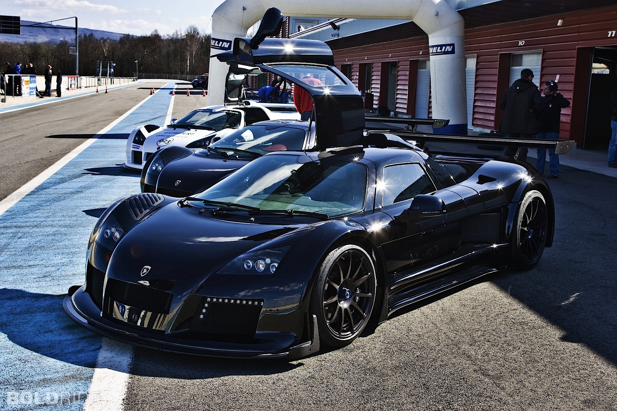 2010 Gumpert Apollo Sport 2000 x 1333