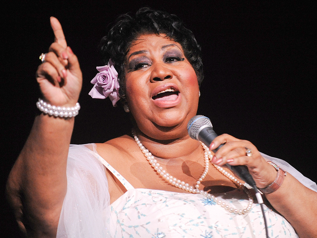 Listen to Aretha Franklin Cover Adele's 'Rolling in the Deep' ...