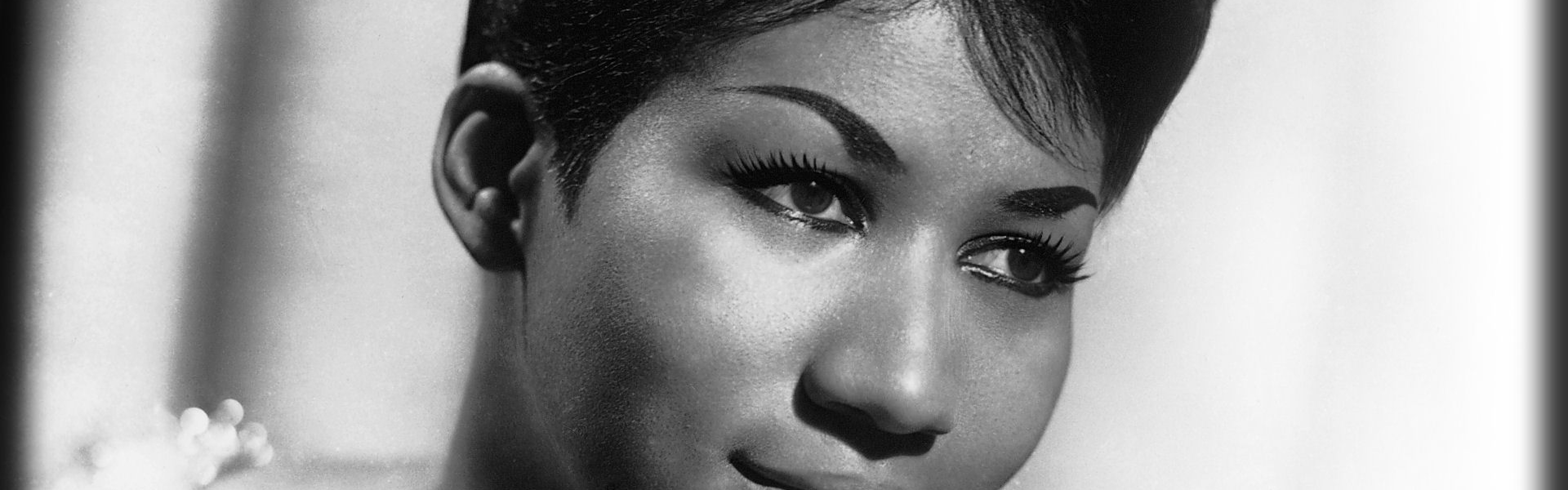 3840x1200 Wallpaper aretha franklin, face, haircut, makeup, cheeks