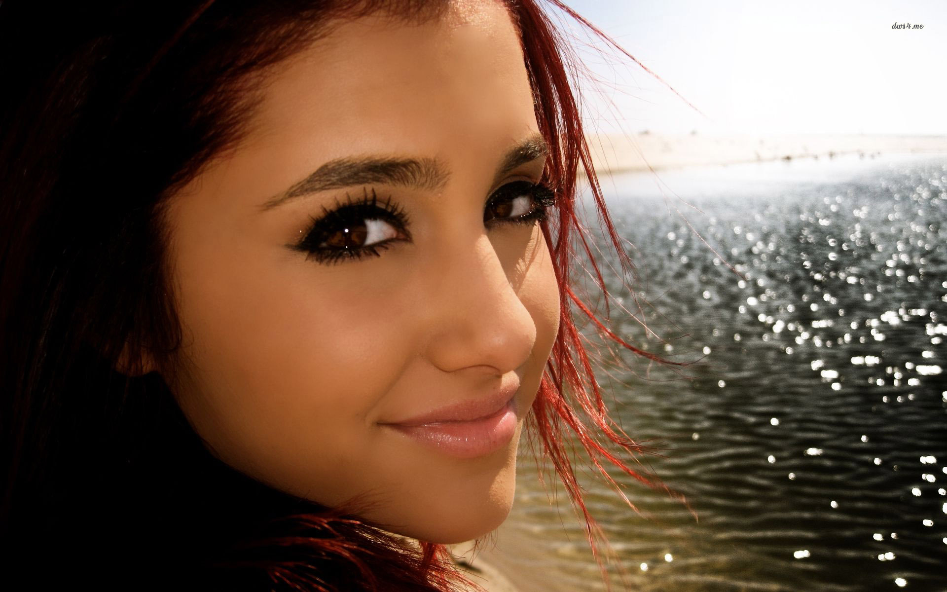 Ariana Grande Background HD Wallpaper #15710