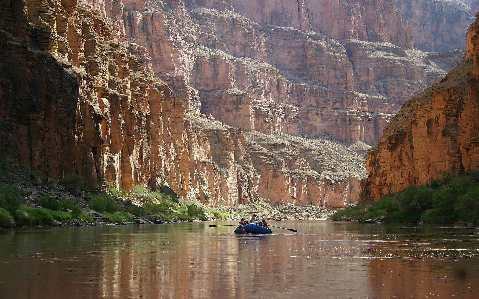 Arizona canyons boat