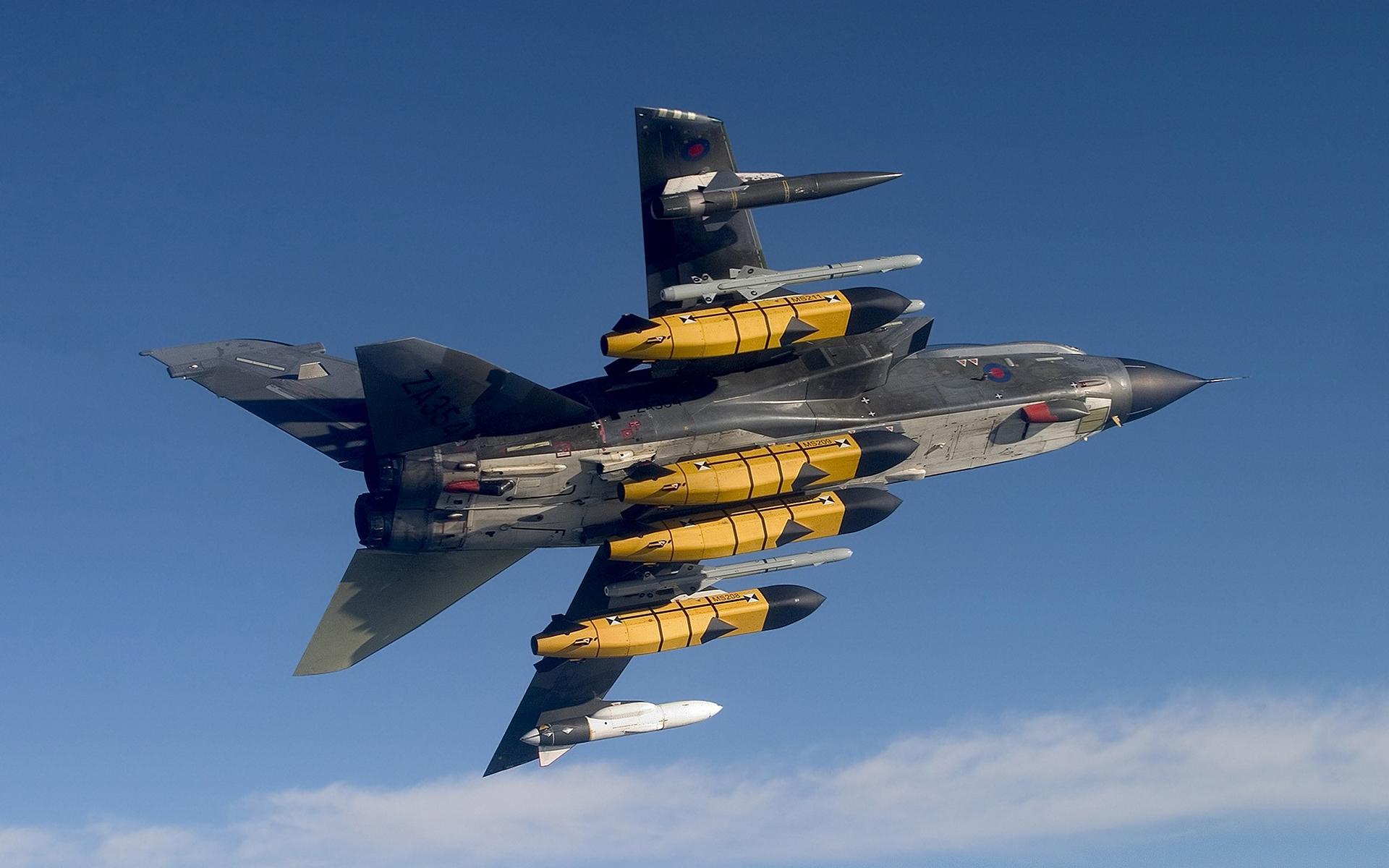 Armed tornado jet