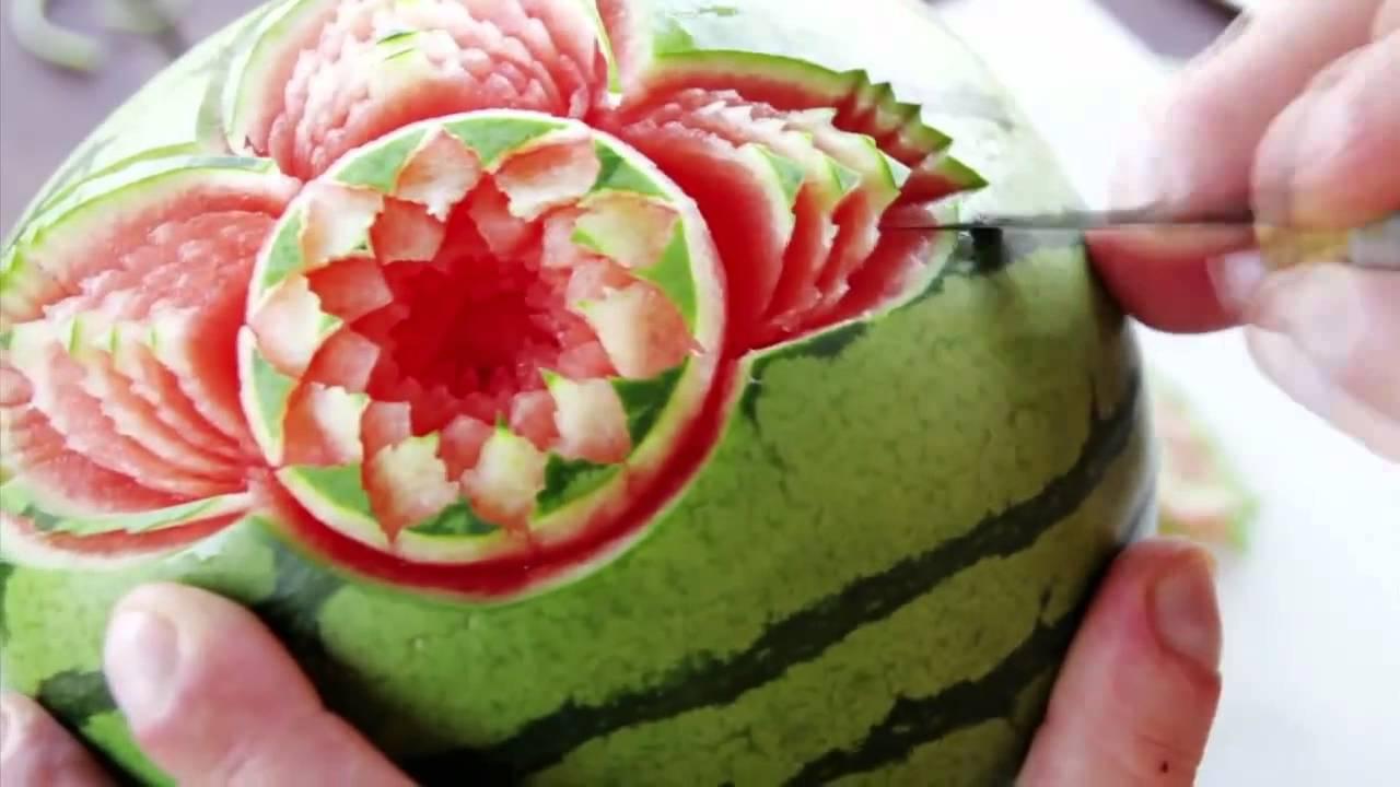 Watermelon skin carving