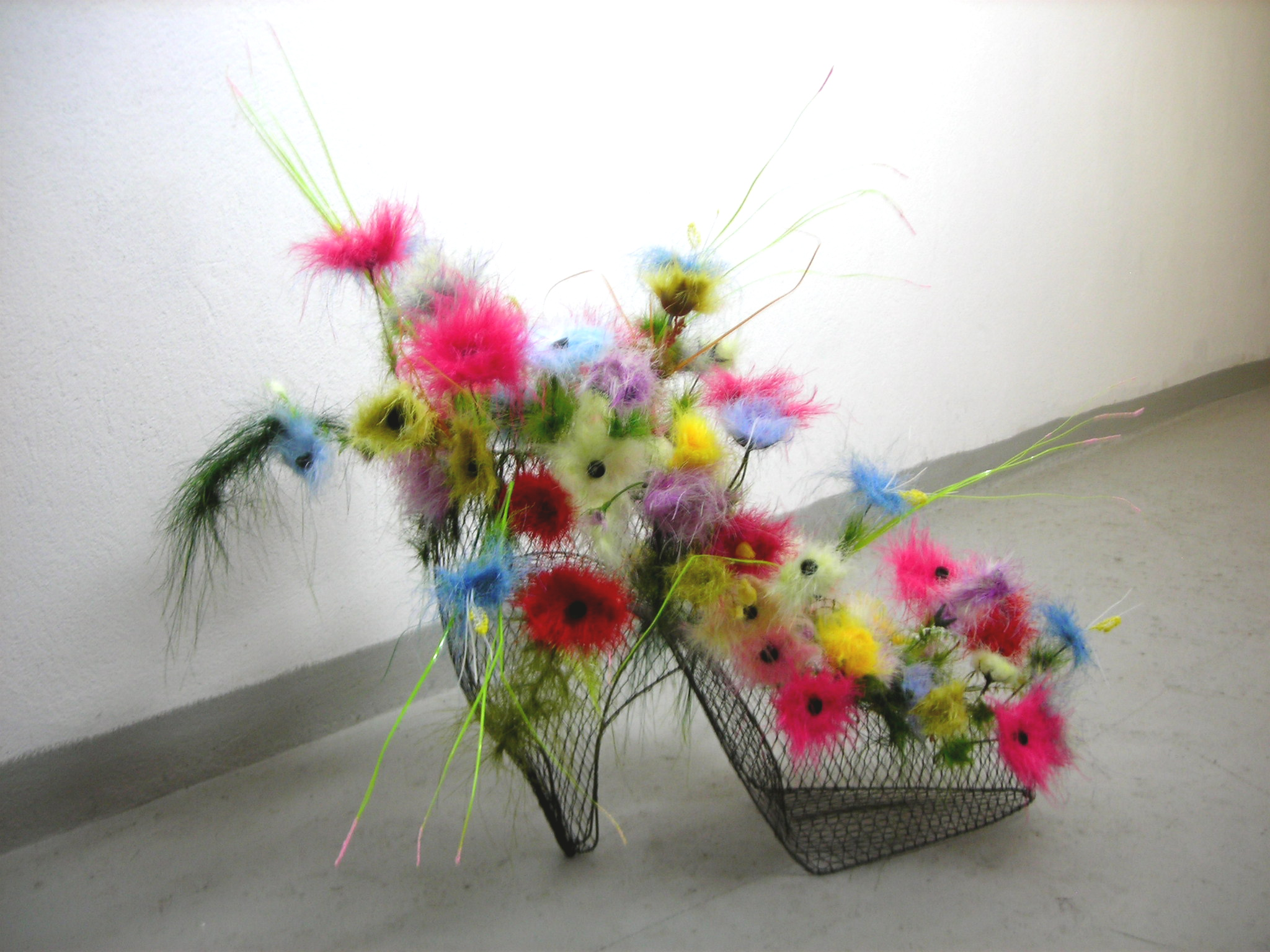 Attractive Artificial Flowers For Decorate Every Contents Of Your Home Decoration: Awesome Artificial Flowers With