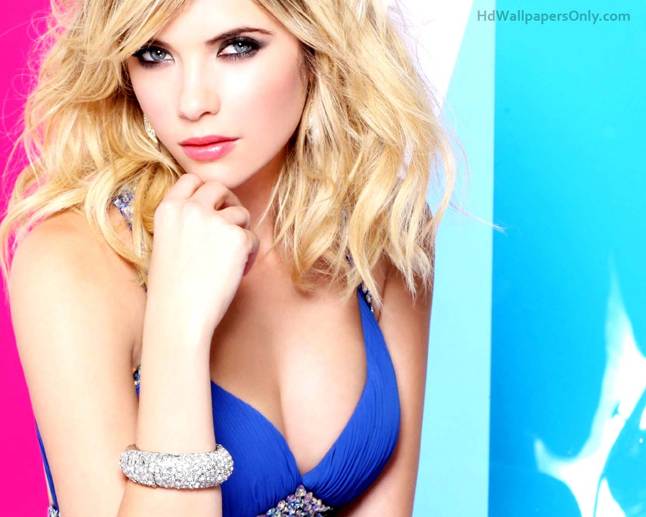 Ashley benson hot