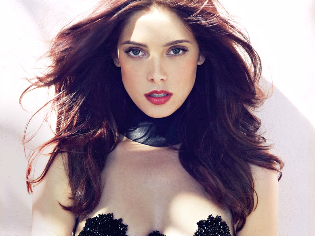 Martym Ashley Greene