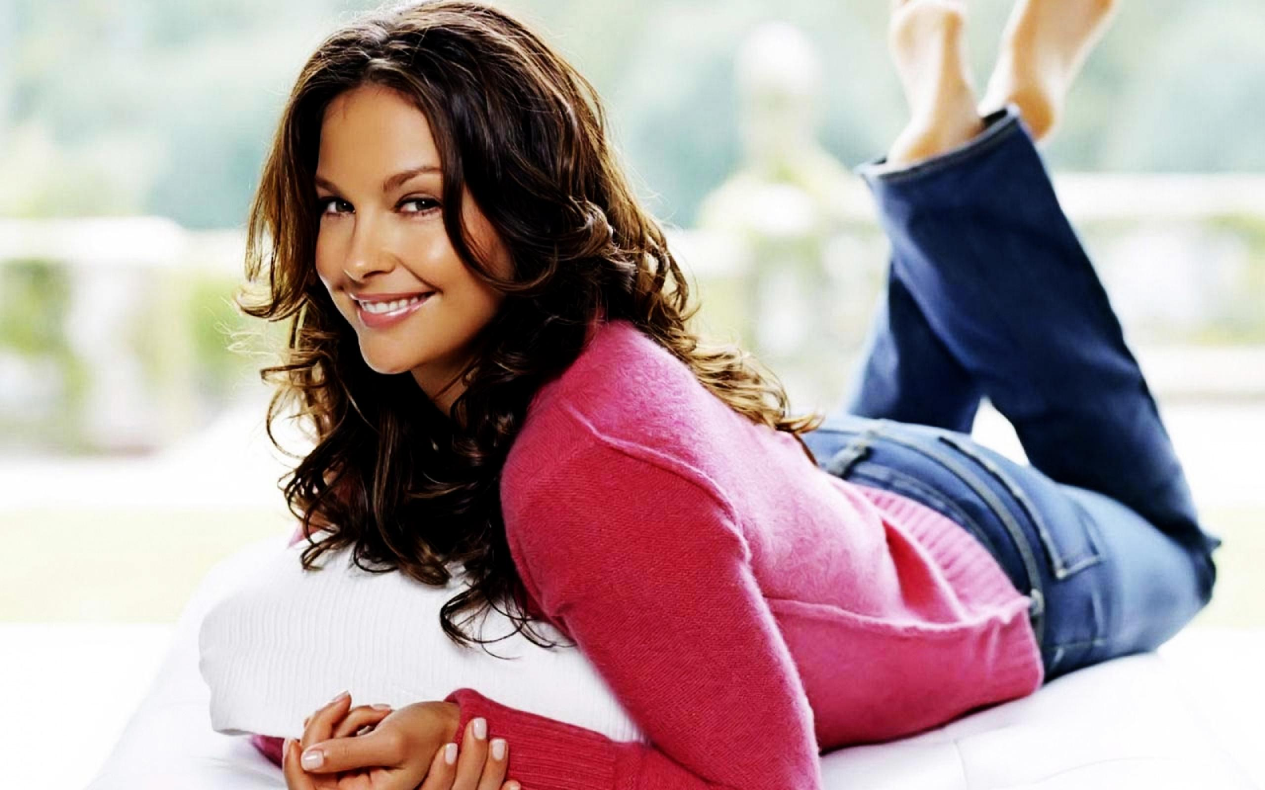 ashley-judd-wallpaper-3