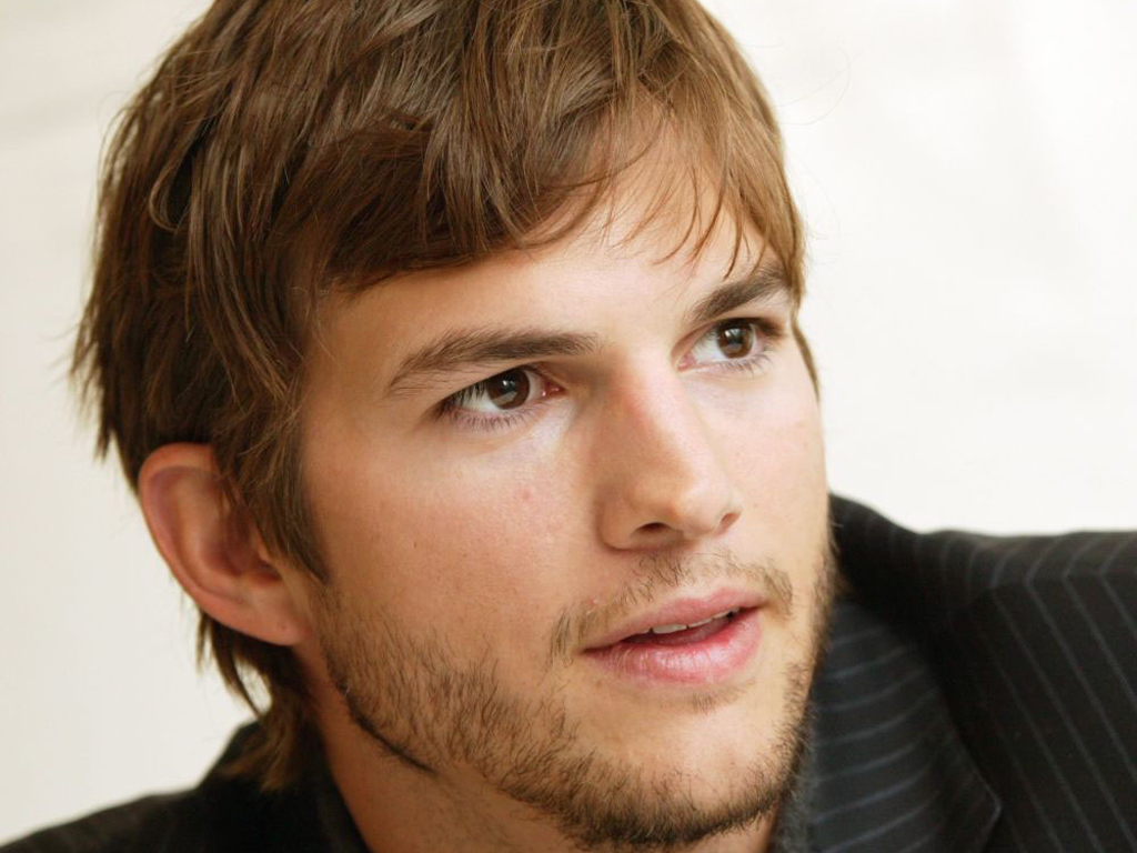 Ashton Kutcher's Solo Outing With Baby Created Issues in the Diaper-Changing Department | Acculturated