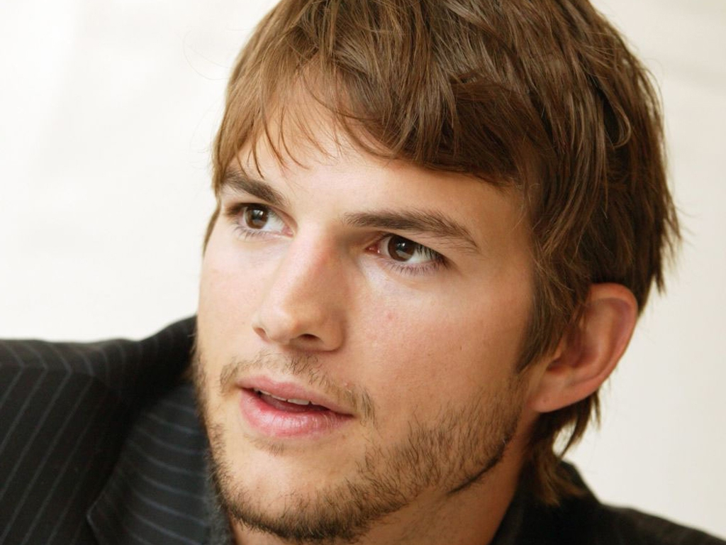 Ashton Kutcher wallpaper | 1024x768 | #61639 Ashton Kutcher