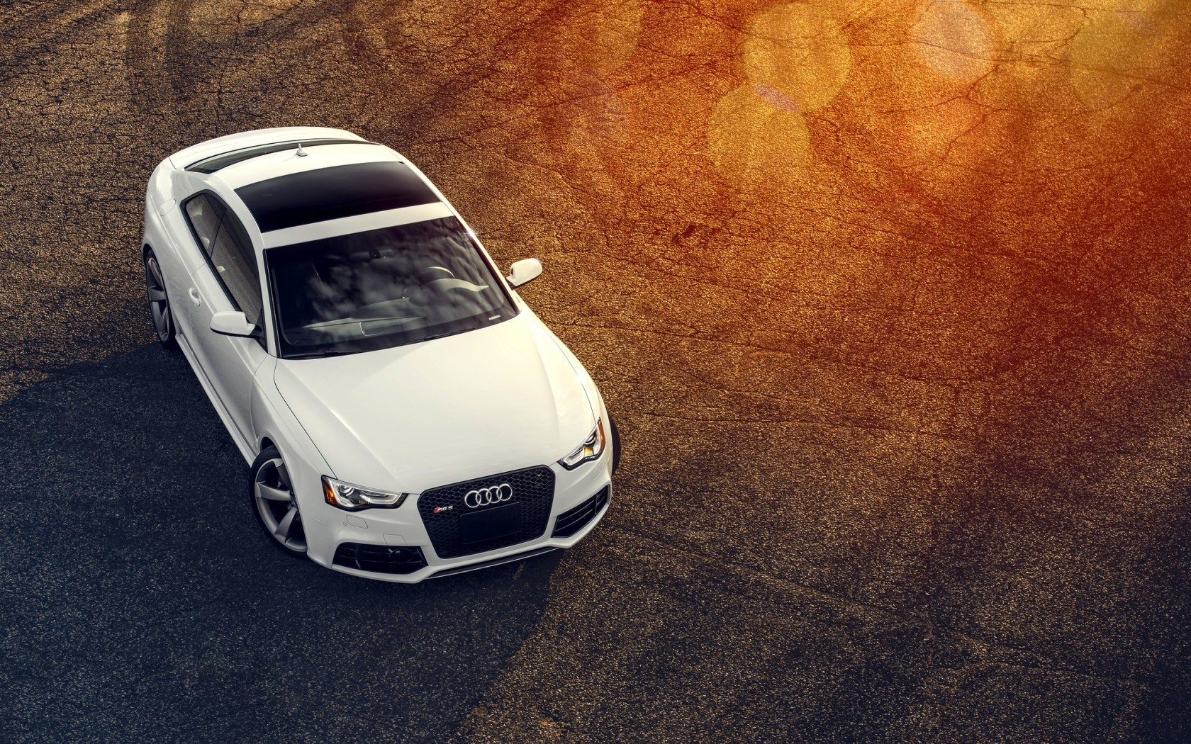 Audi RS5 White Car