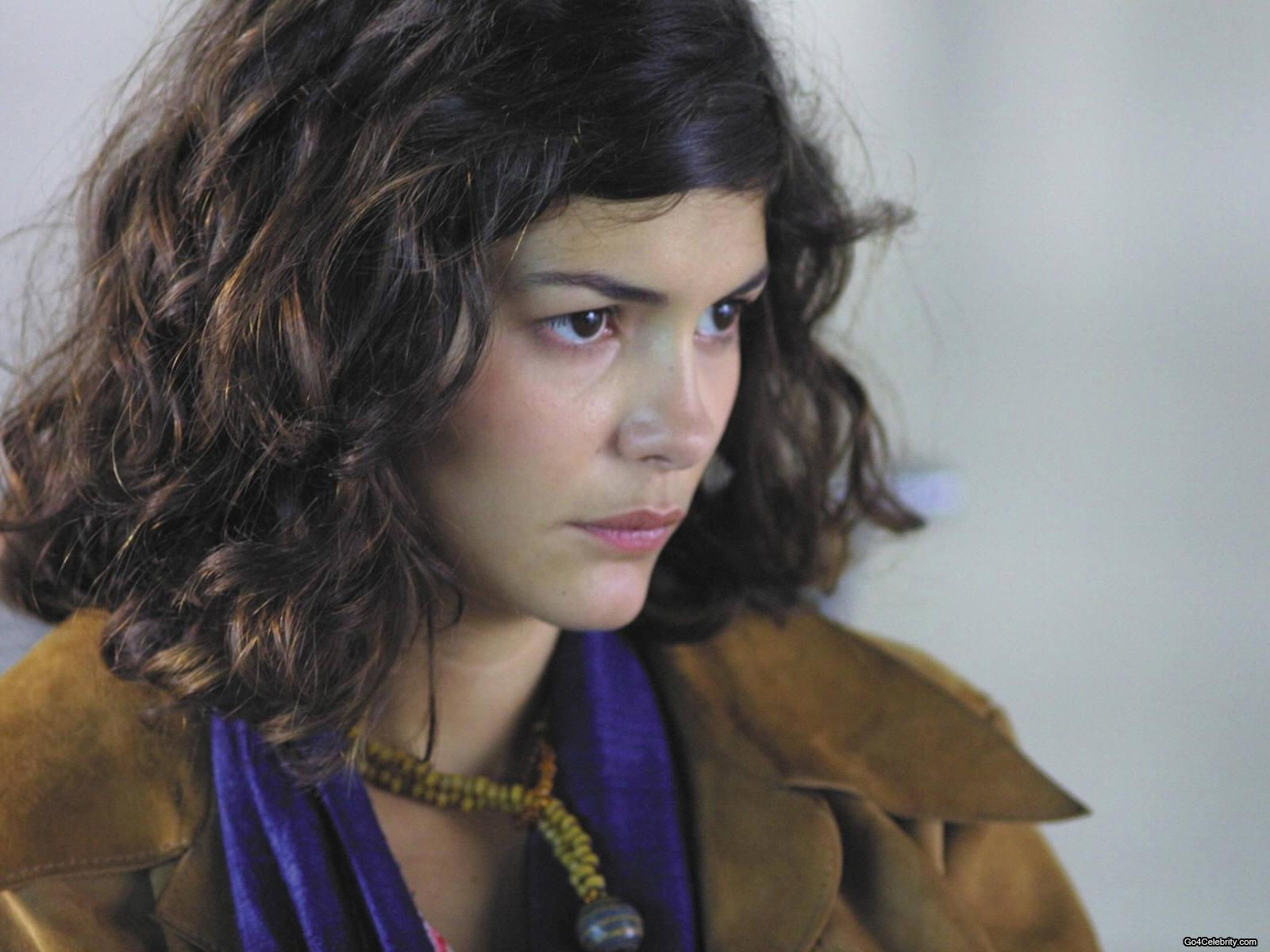 Audrey Justine Tautou (French pronunciation: [odʁɛ totu]; born 9 August, either in 1976[1][2][3][4][5] or 1978[6][7][8][9]) is a French film actress, ...