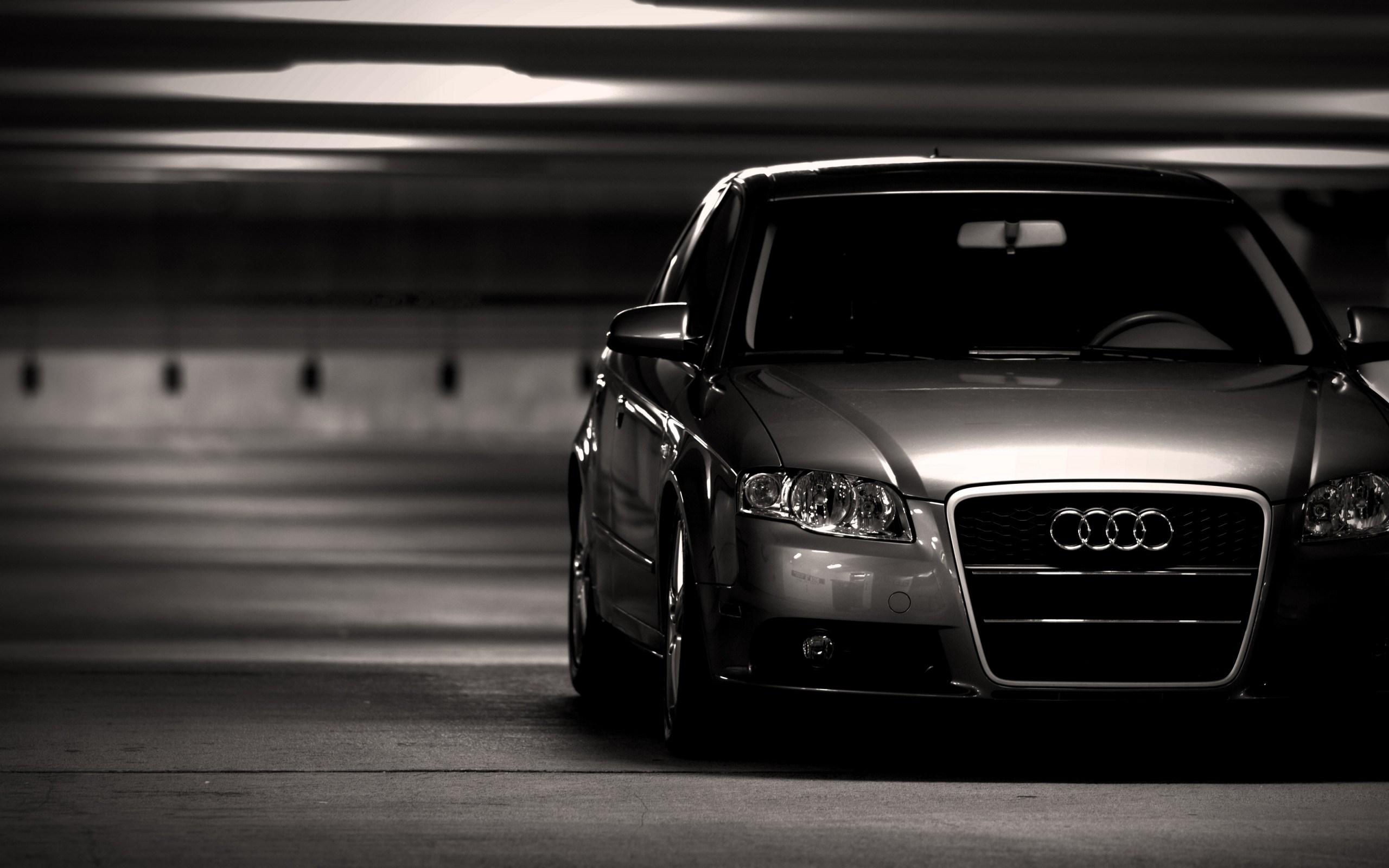 Auto Audi A4 Parking