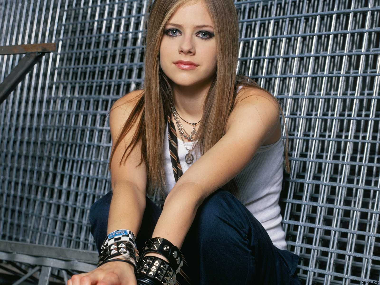 Avril Lavigne Latest wallpaper #4